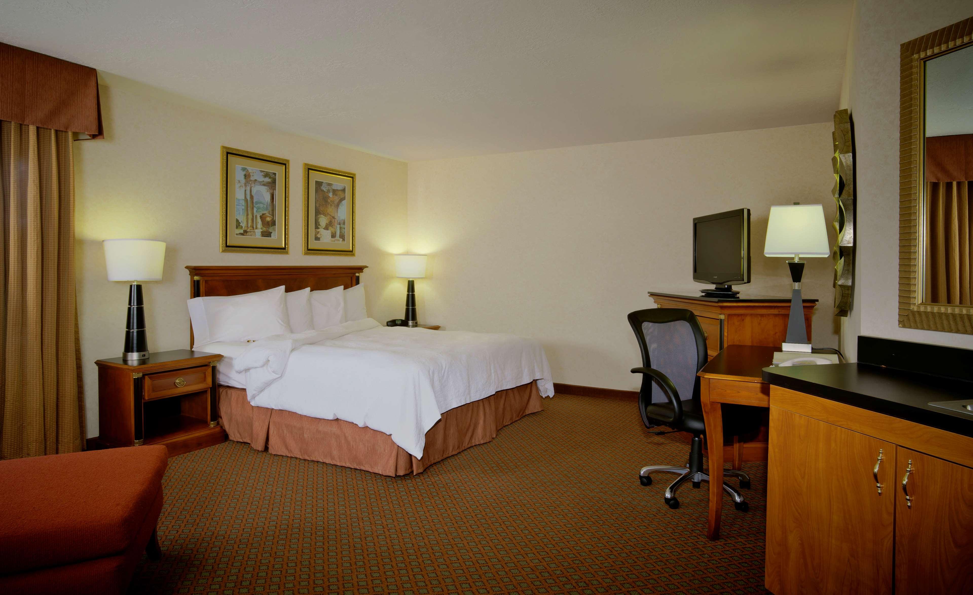 Hampton Inn & Suites Salt Lake City Airport image 15
