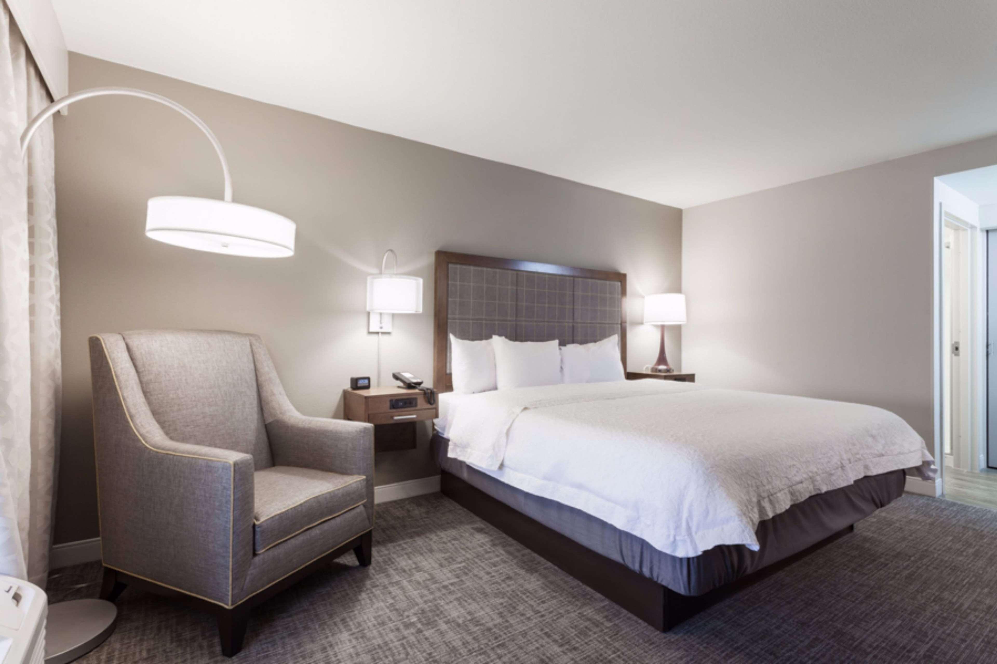 Hampton Inn & Suites Dallas-DFW Airport North-Grapevine image 24