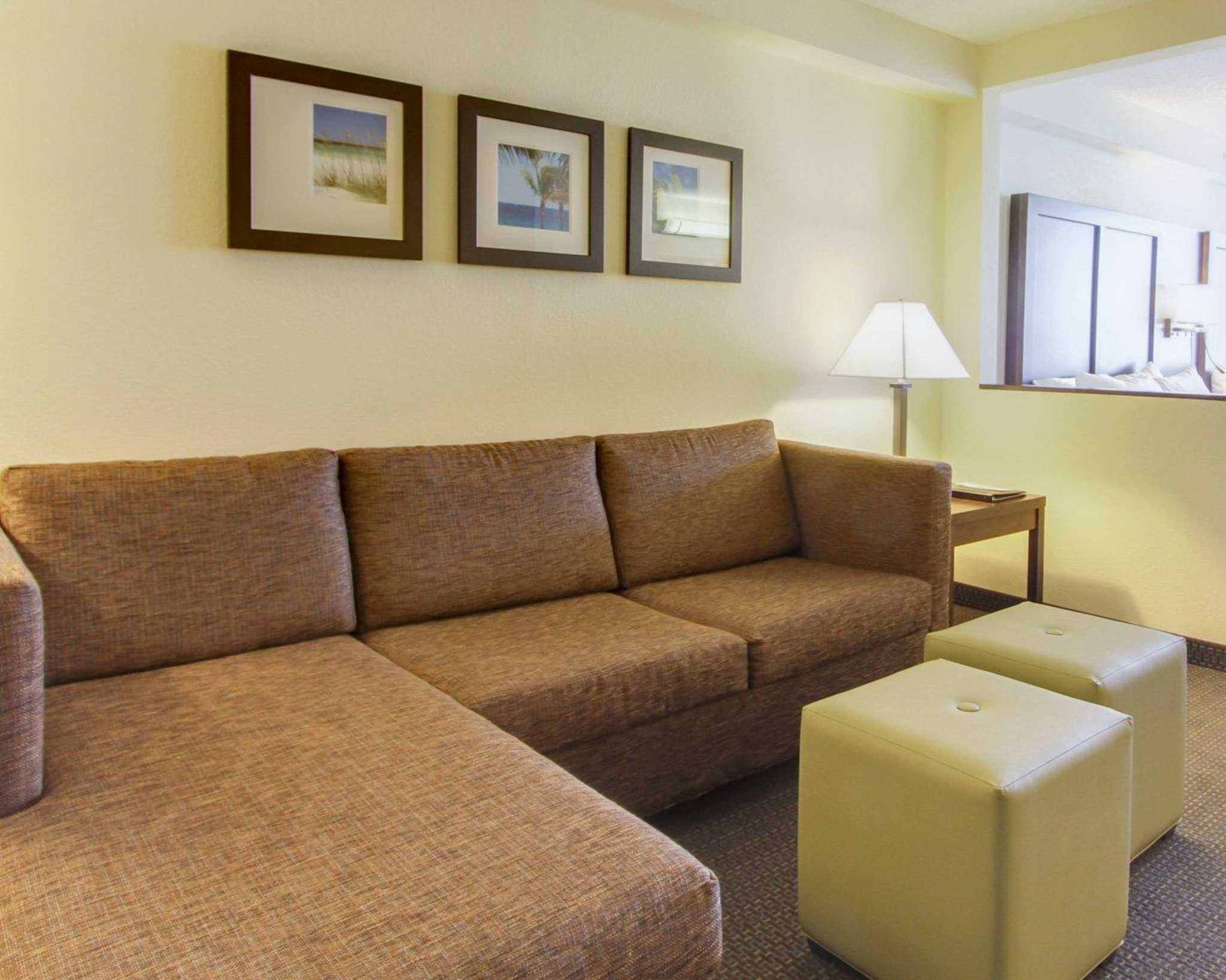 Comfort Suites Weston - Sawgrass Mills South image 22