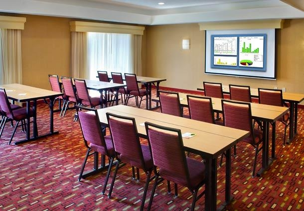 Courtyard by Marriott Allentown Bethlehem/Lehigh Valley Airport image 4