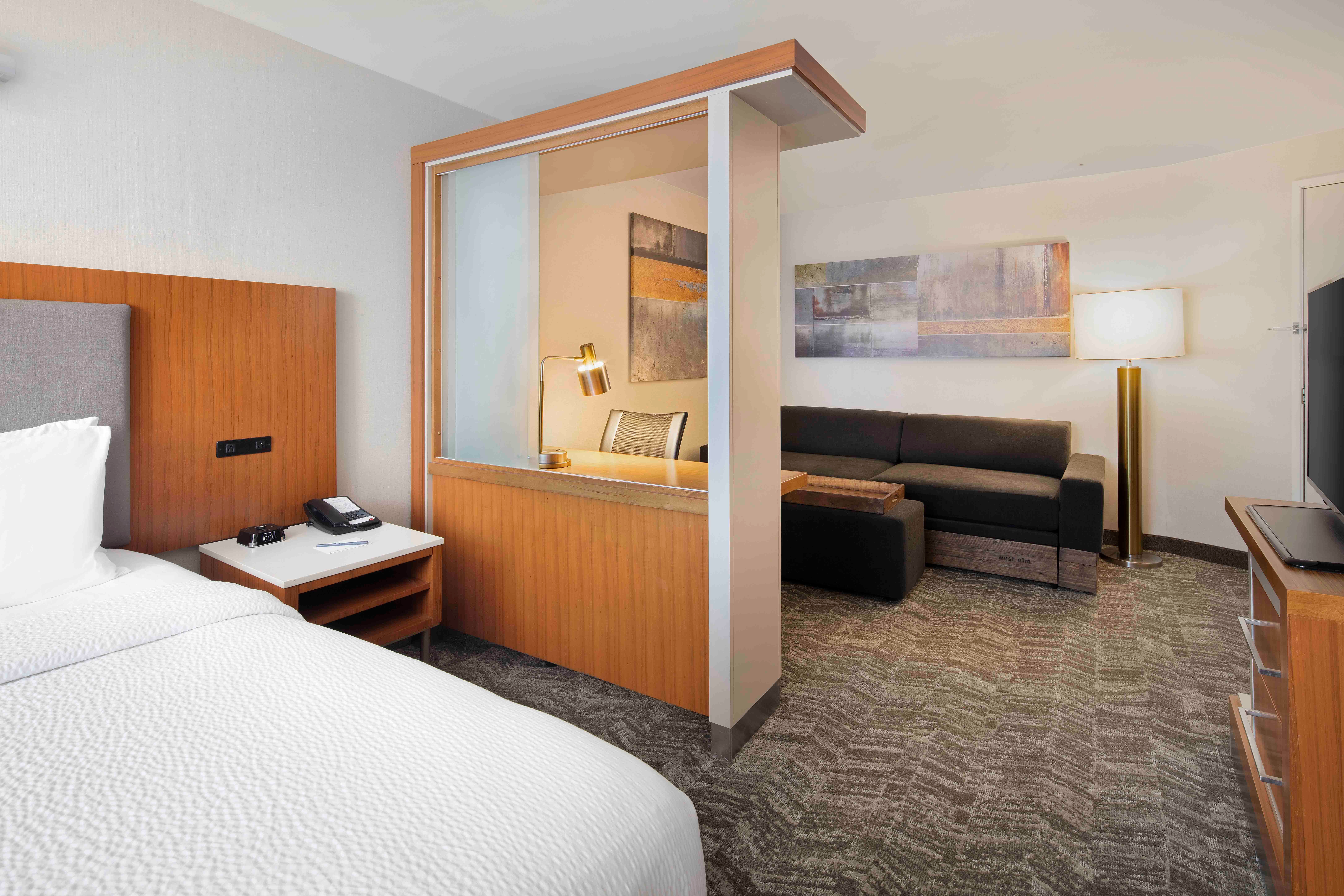 SpringHill Suites by Marriott Indianapolis Downtown image 2