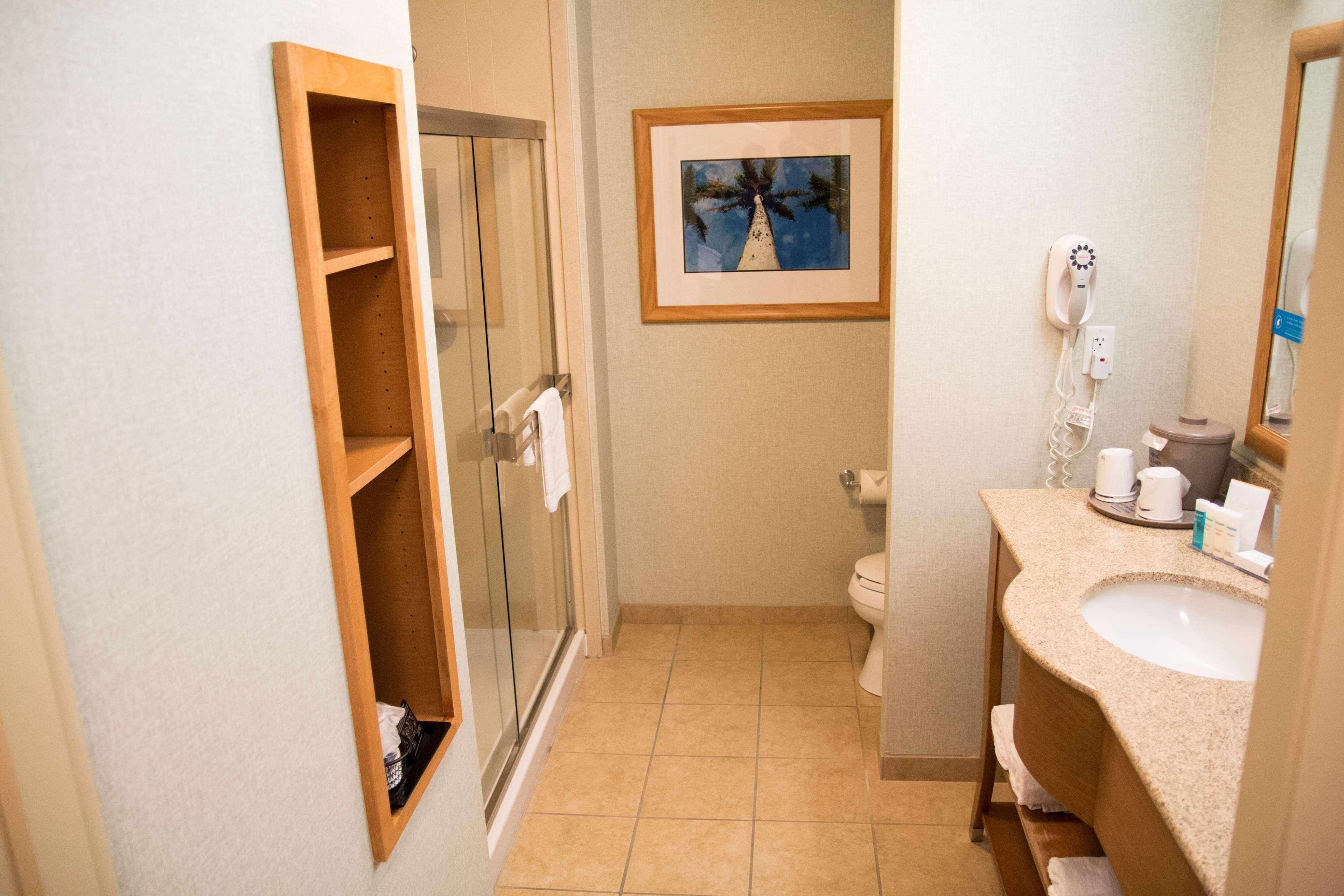 Hampton Inn & Suites Madera image 35