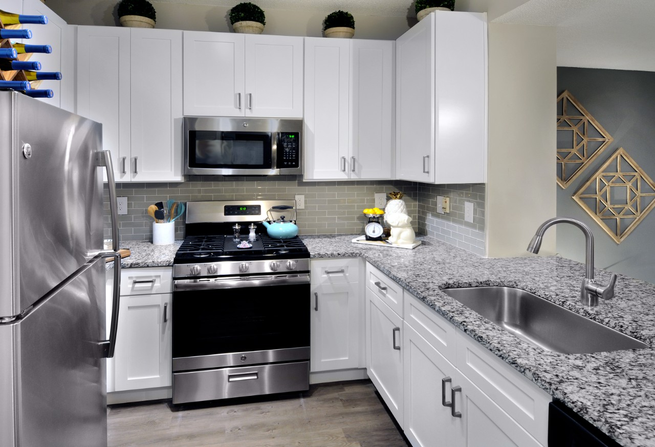 The Pointe at Collier Hills image 14
