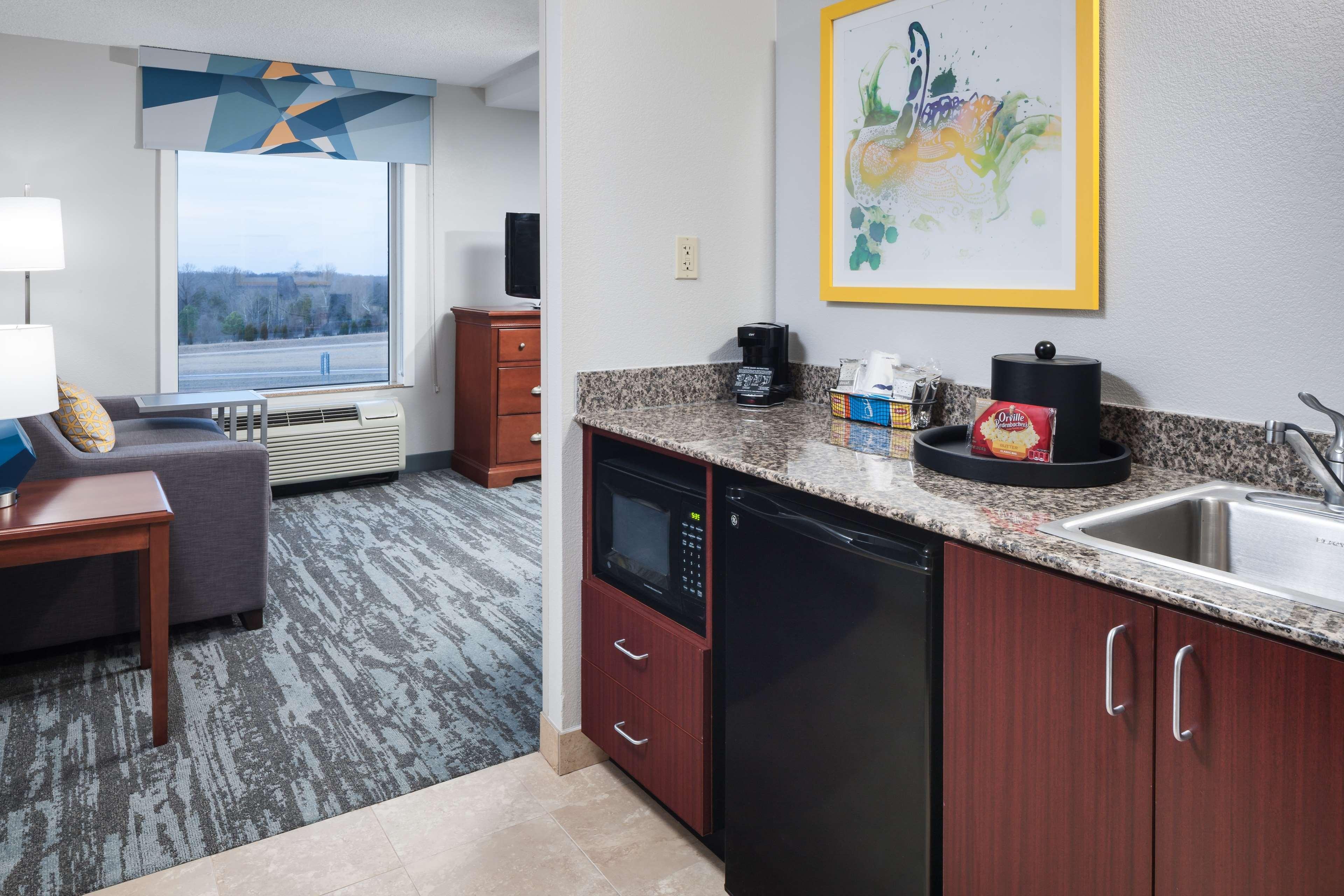 Hampton Inn & Suites Jackson image 25