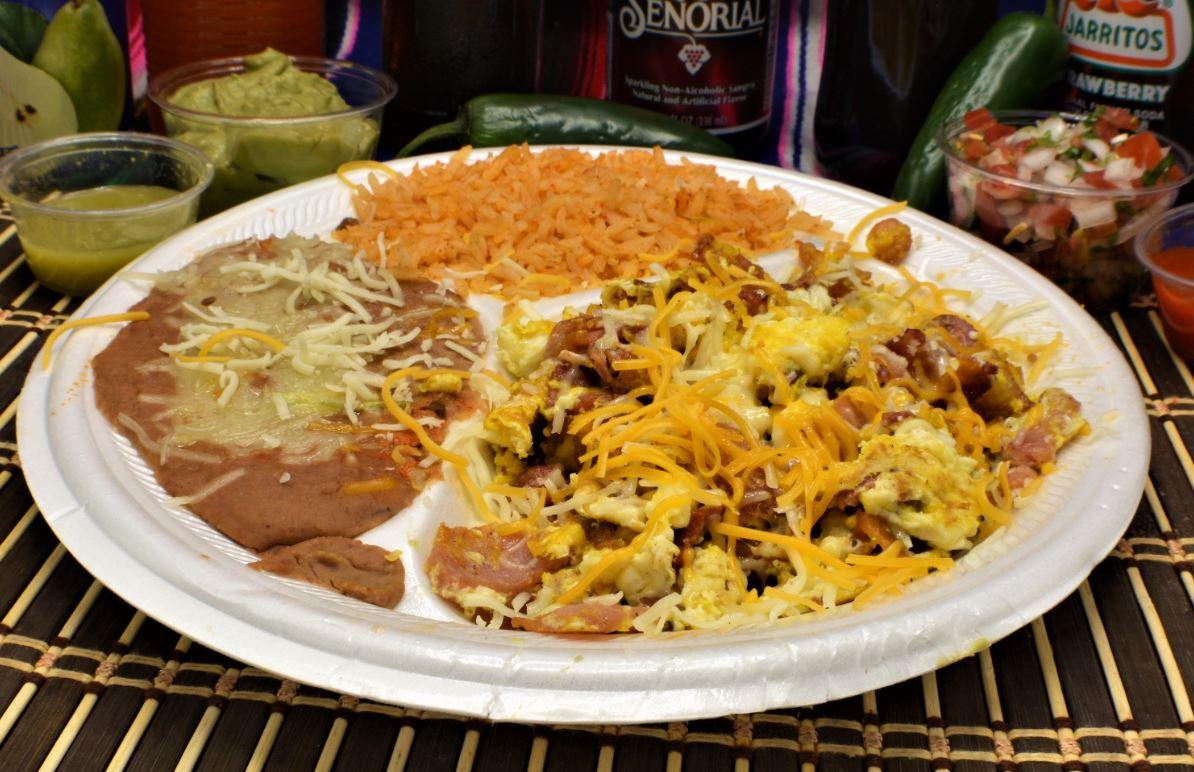 Almanzas Mexican Food image 6