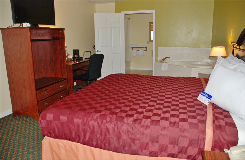 Americas Best Value Inn & Suites - Hempstead/Prairie View image 16