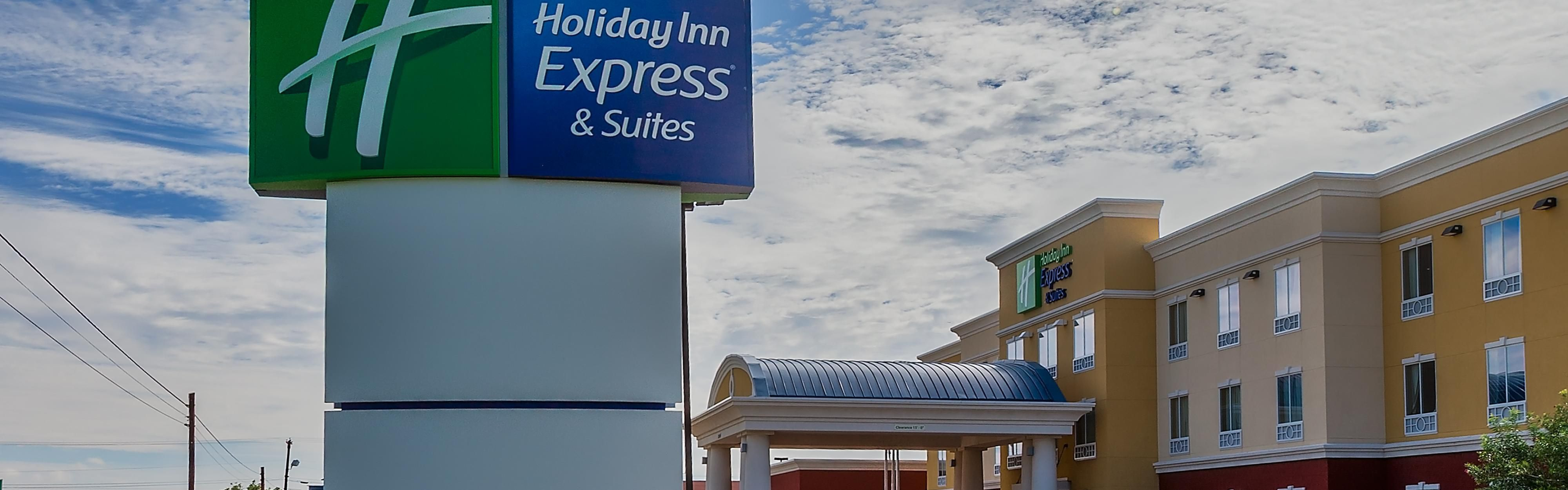 Holiday Inn Express & Suites Alpine Southeast image 0