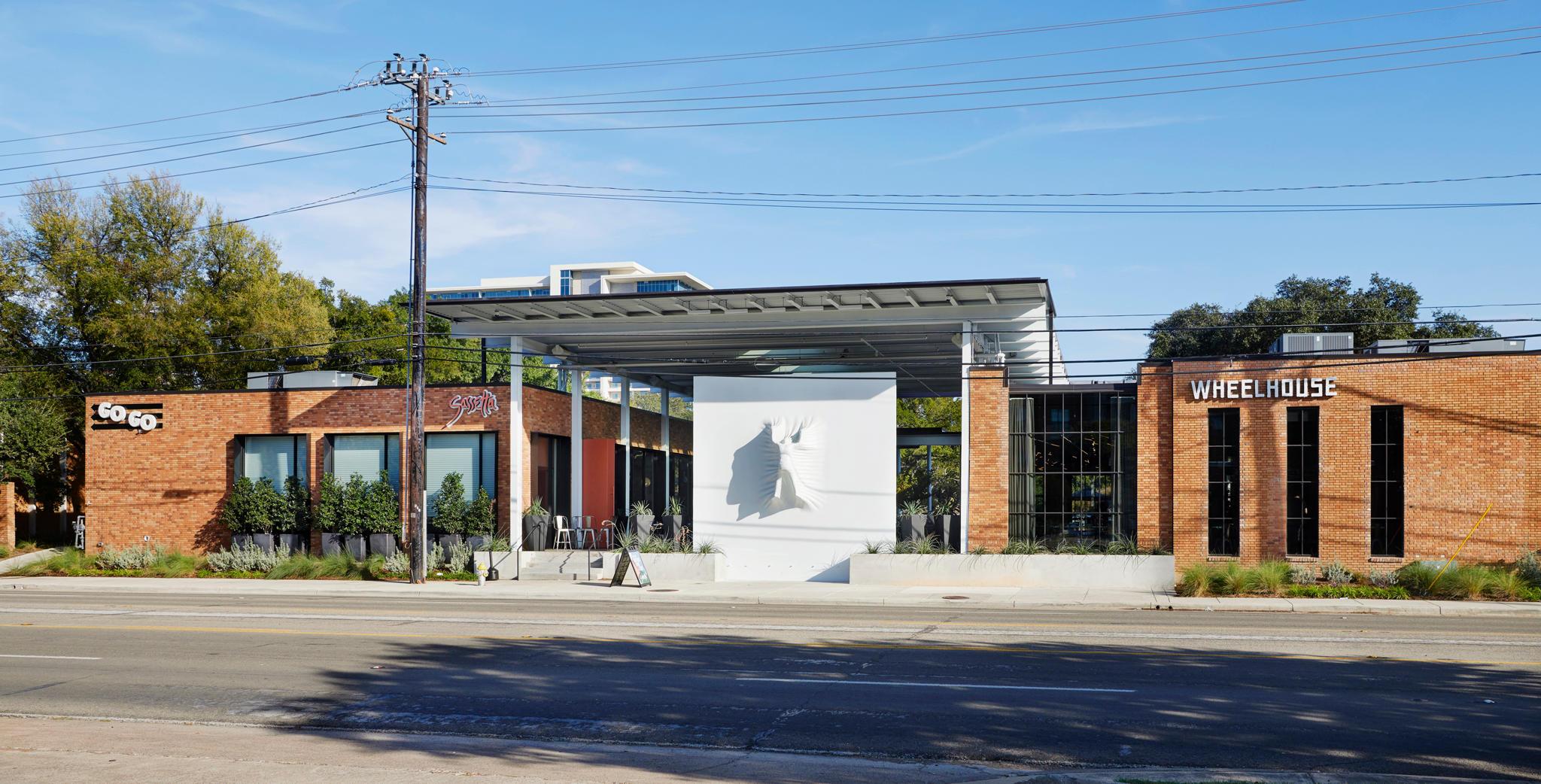 Camden Design District Apartments image 20