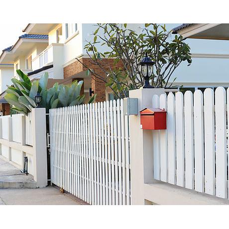 Palmetto Picket Fencing image 6