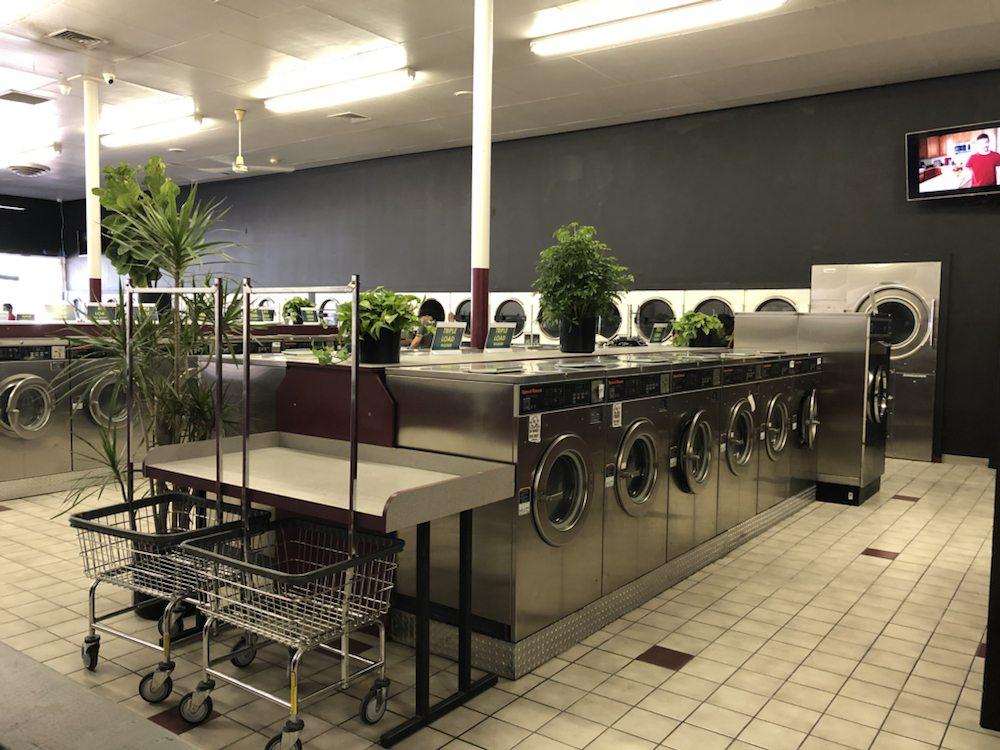 Squeaky's Laundromat image 1