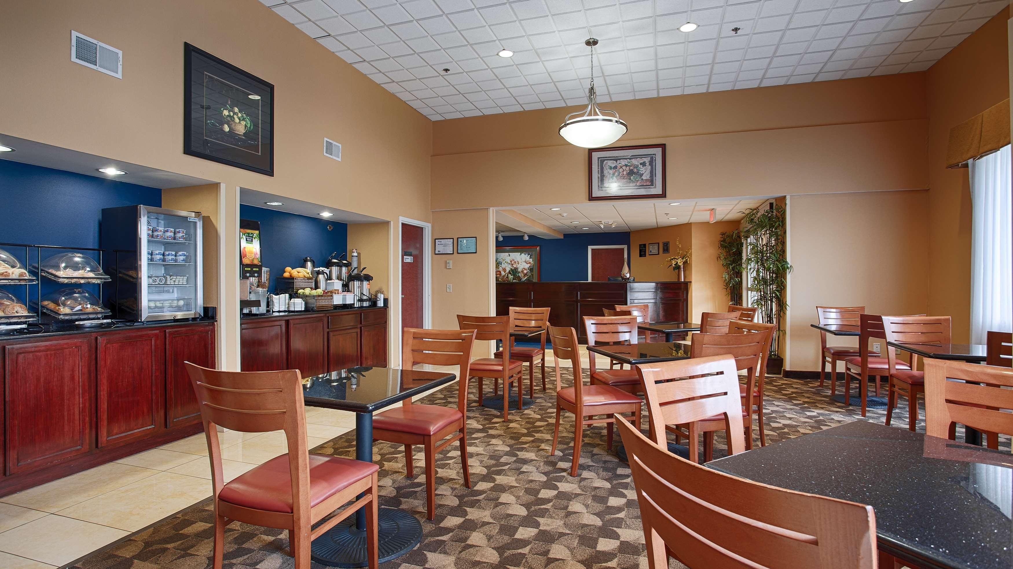 Best Western Concord Inn & Suites image 5