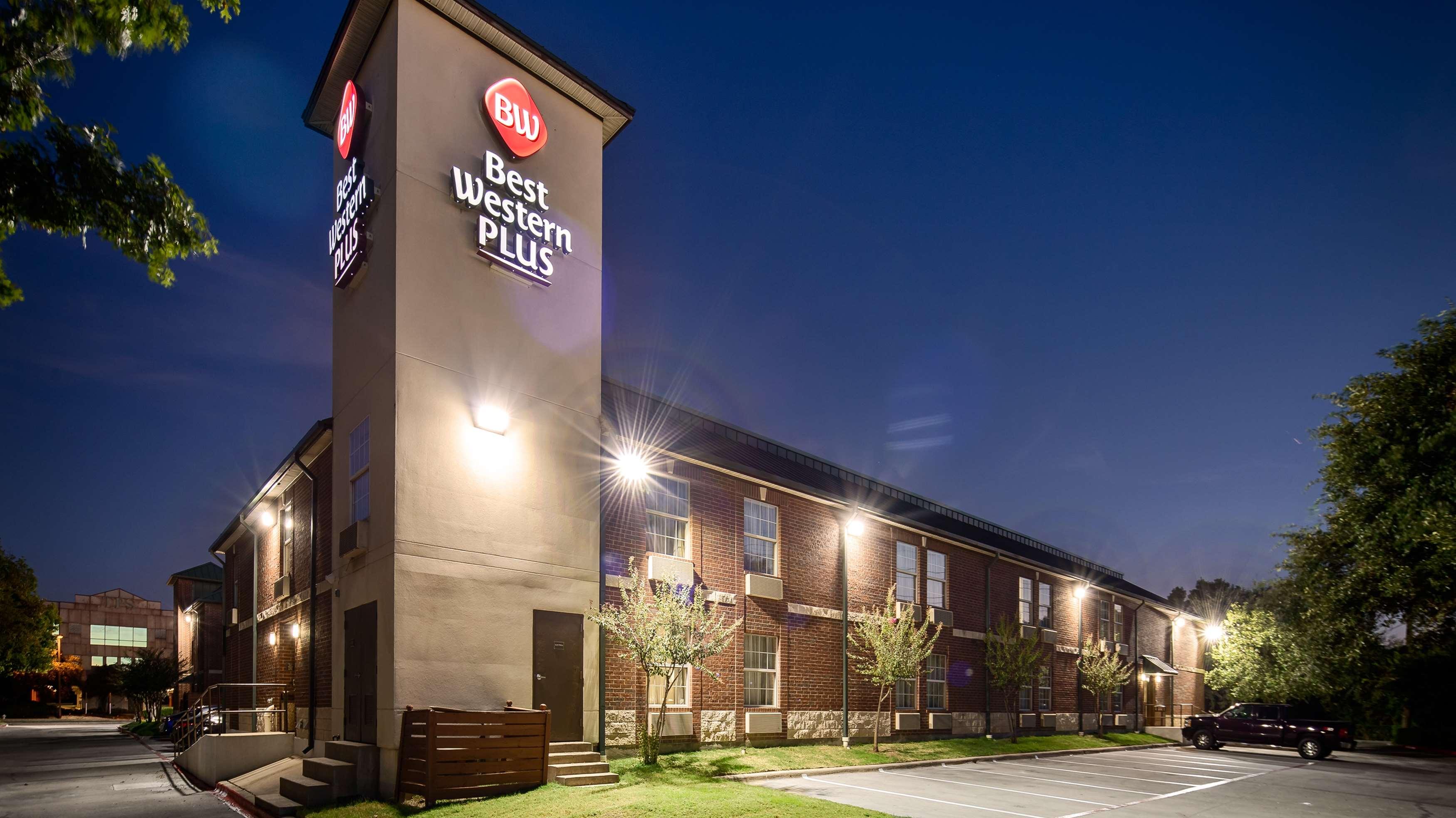 Best Western Plus Addison/Dallas Hotel image 24