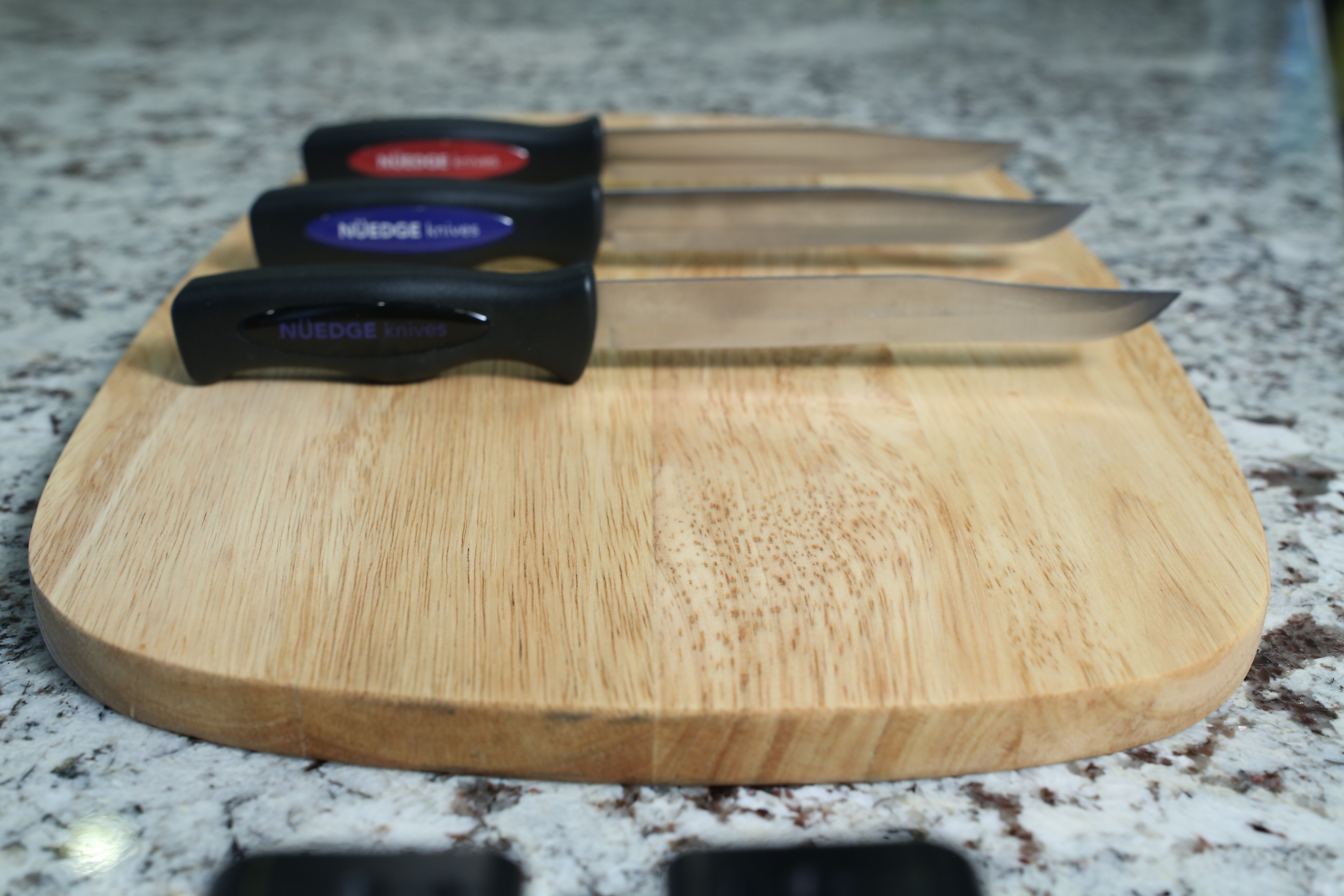 NUEDGE Knives image 3