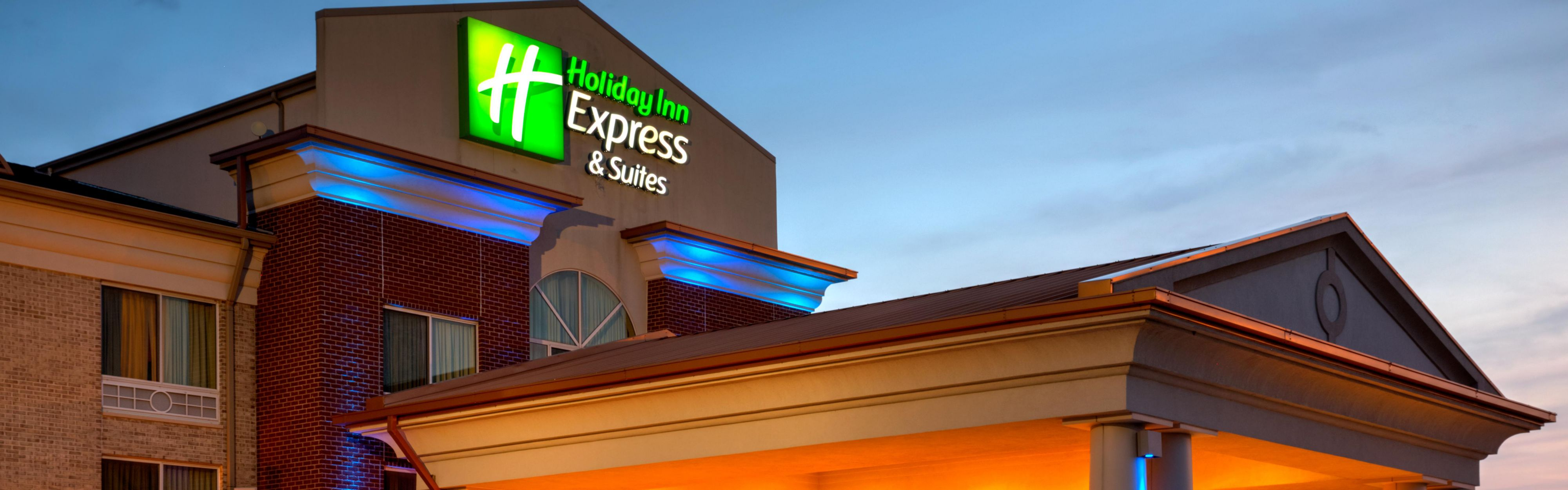 Holiday Inn Express & Suites Vandalia image 0
