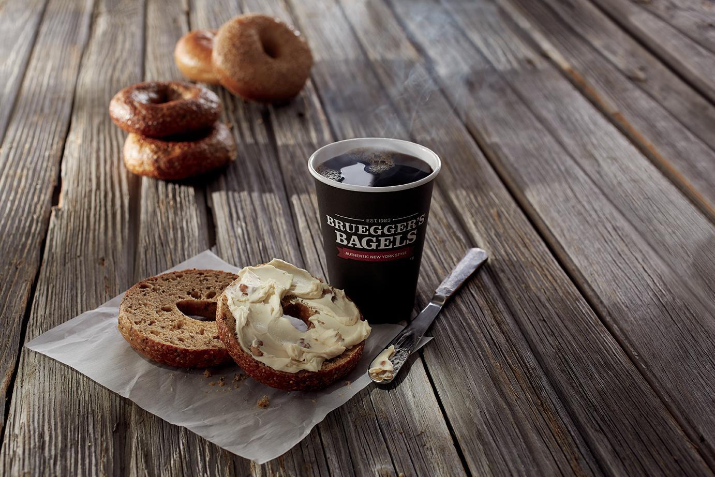 Bruegger's Bagels and Jamba Juice image 5