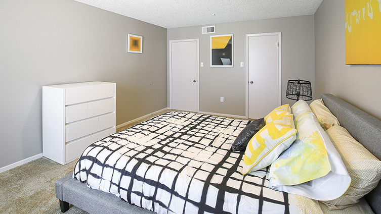 The Hub at Baton Rouge Apartment Homes image 4