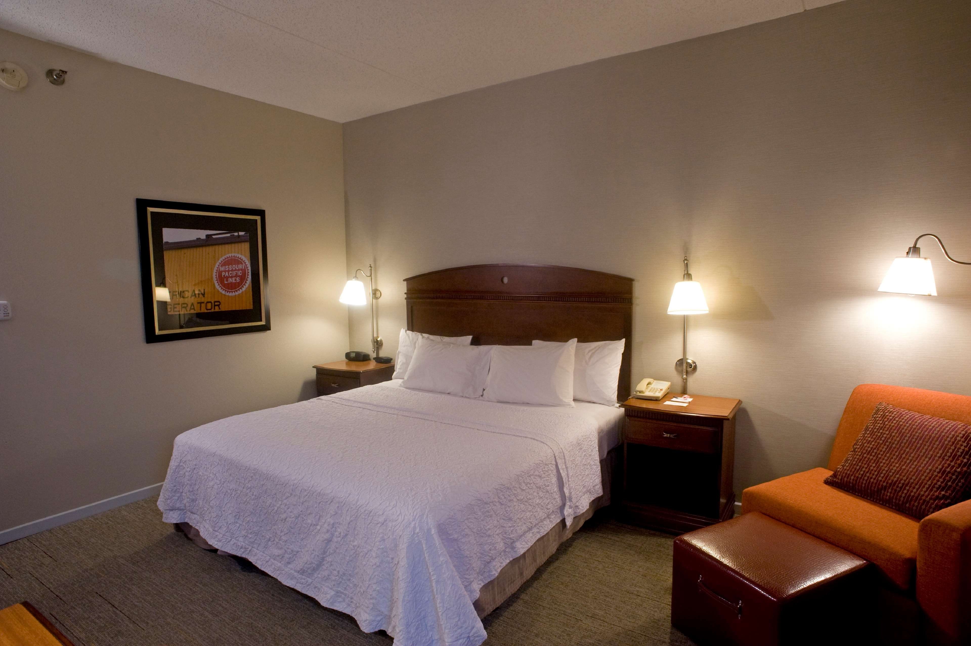 Hampton Inn Springfield-South image 22