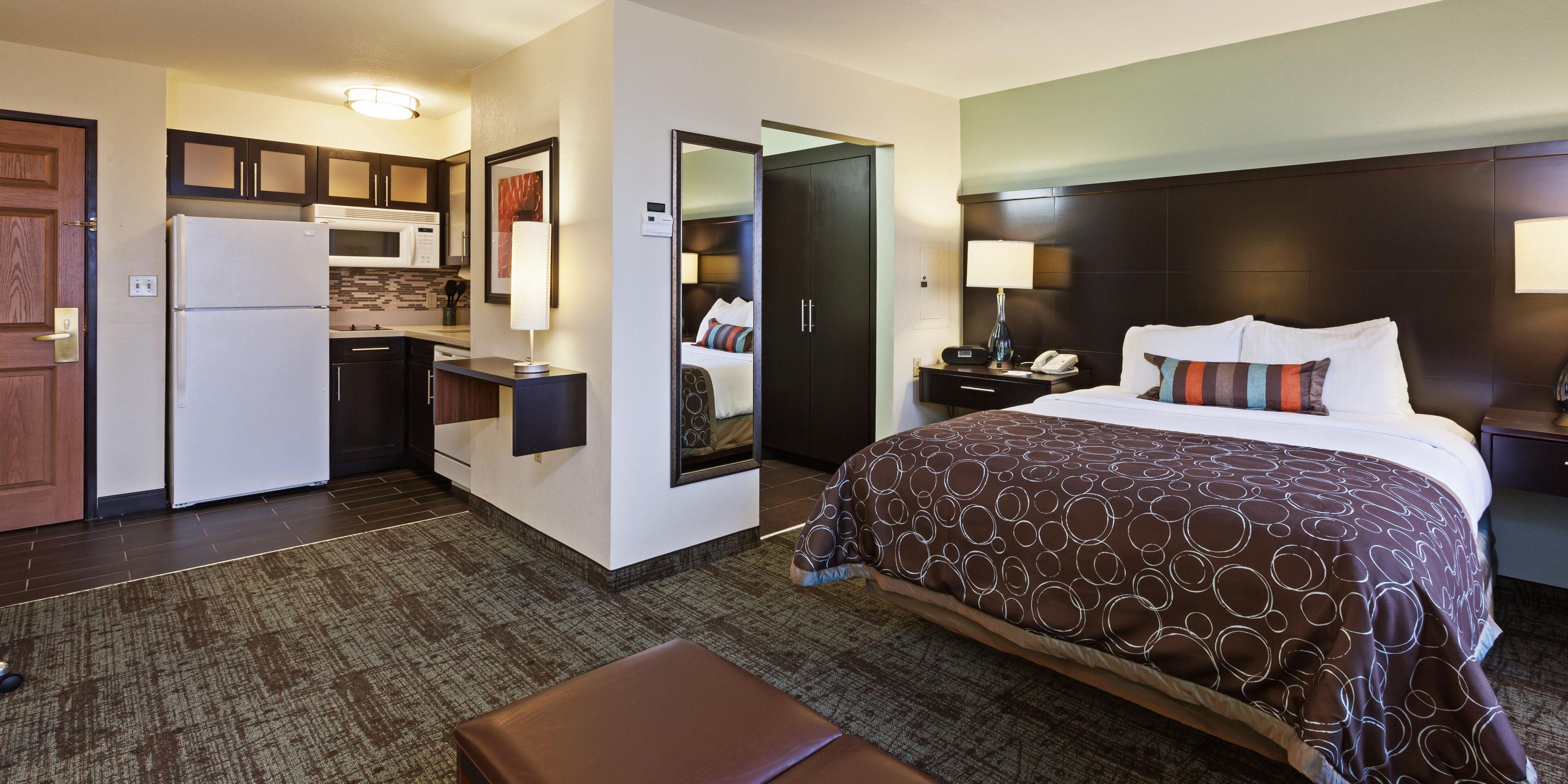 Staybridge Suites Tulsa-Woodland Hills image 1