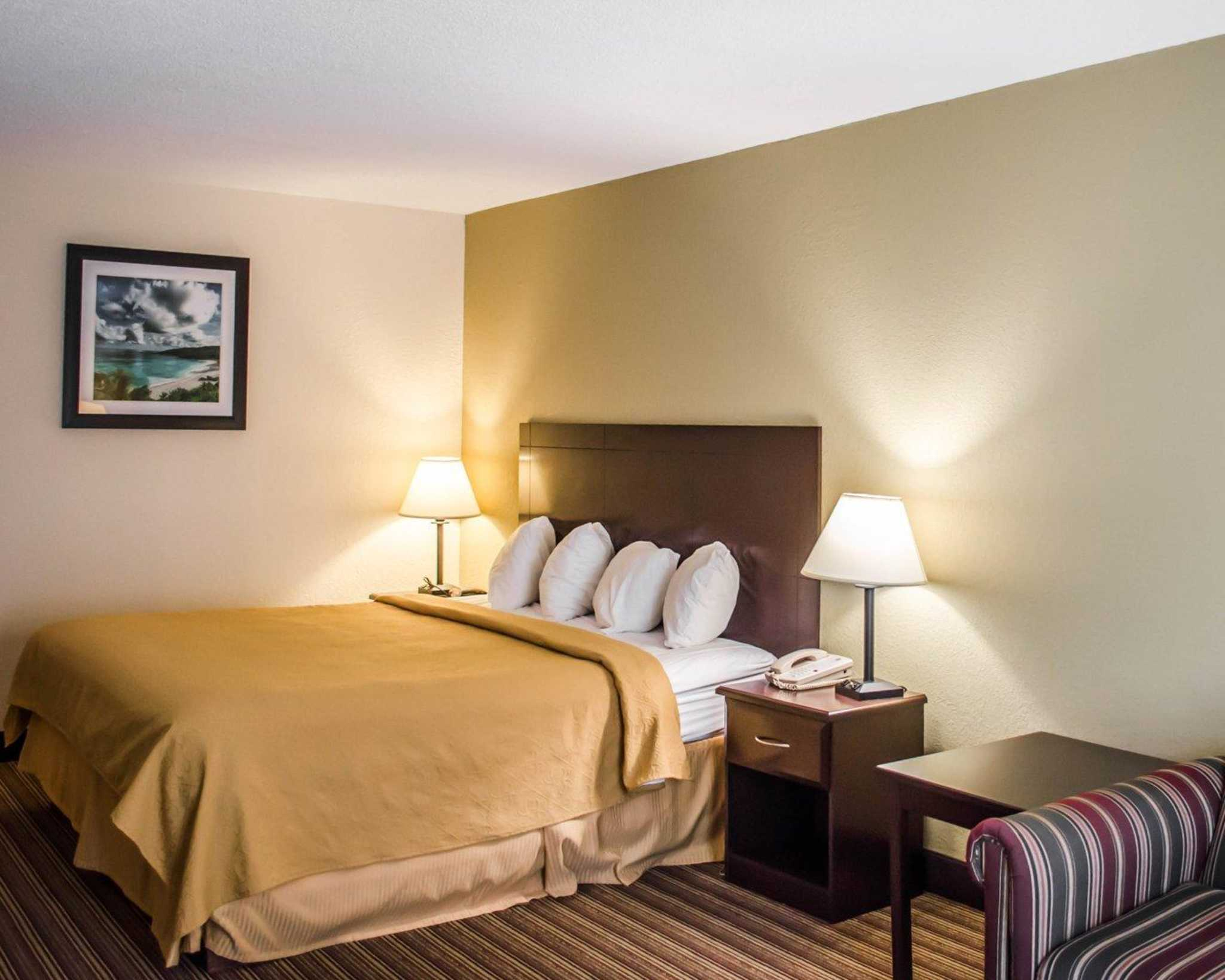 Quality Inn & Suites Pensacola Bayview in Pensacola, FL, photo #10