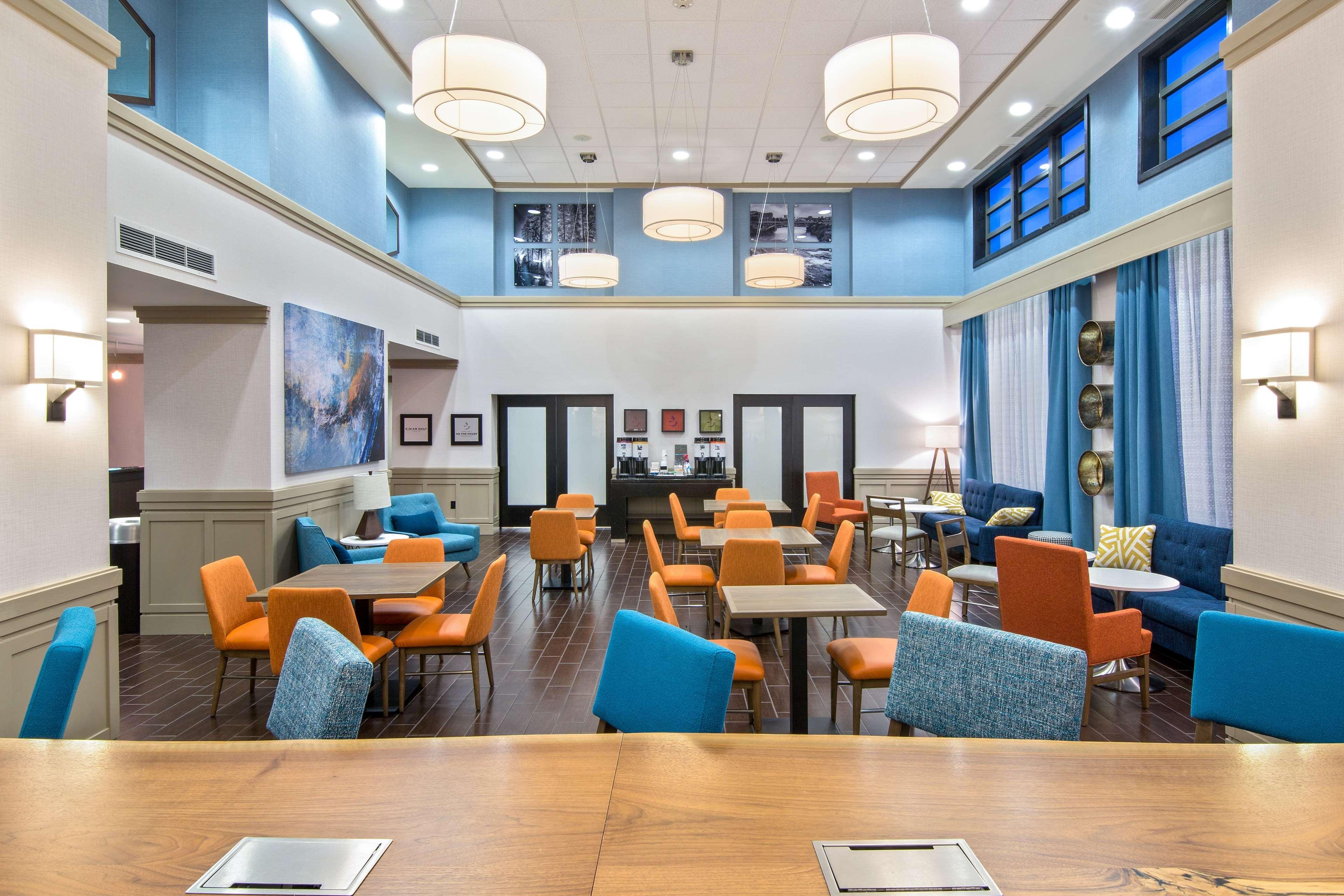Hampton Inn & Suites Spokane Valley image 4