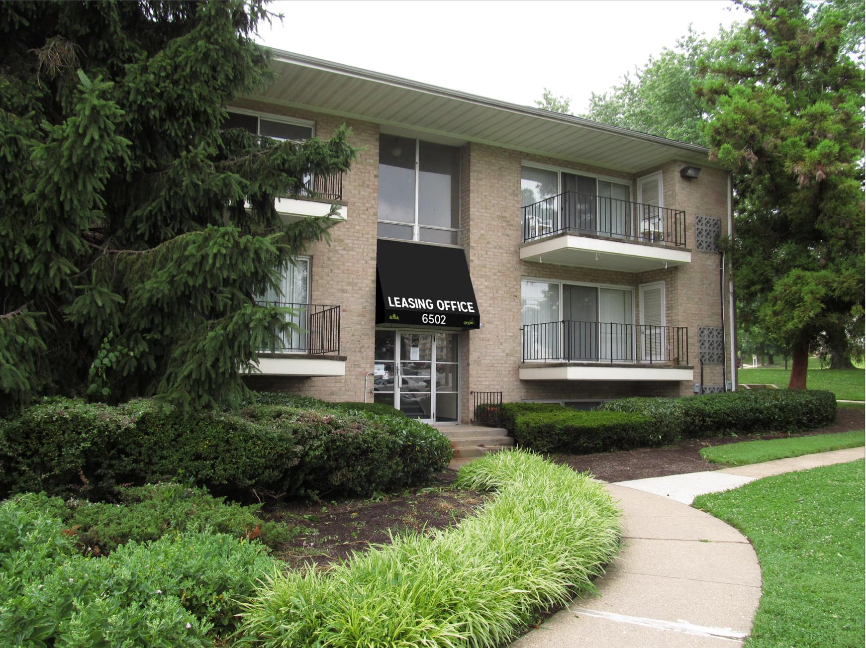 Pangea Pines Apartments image 0