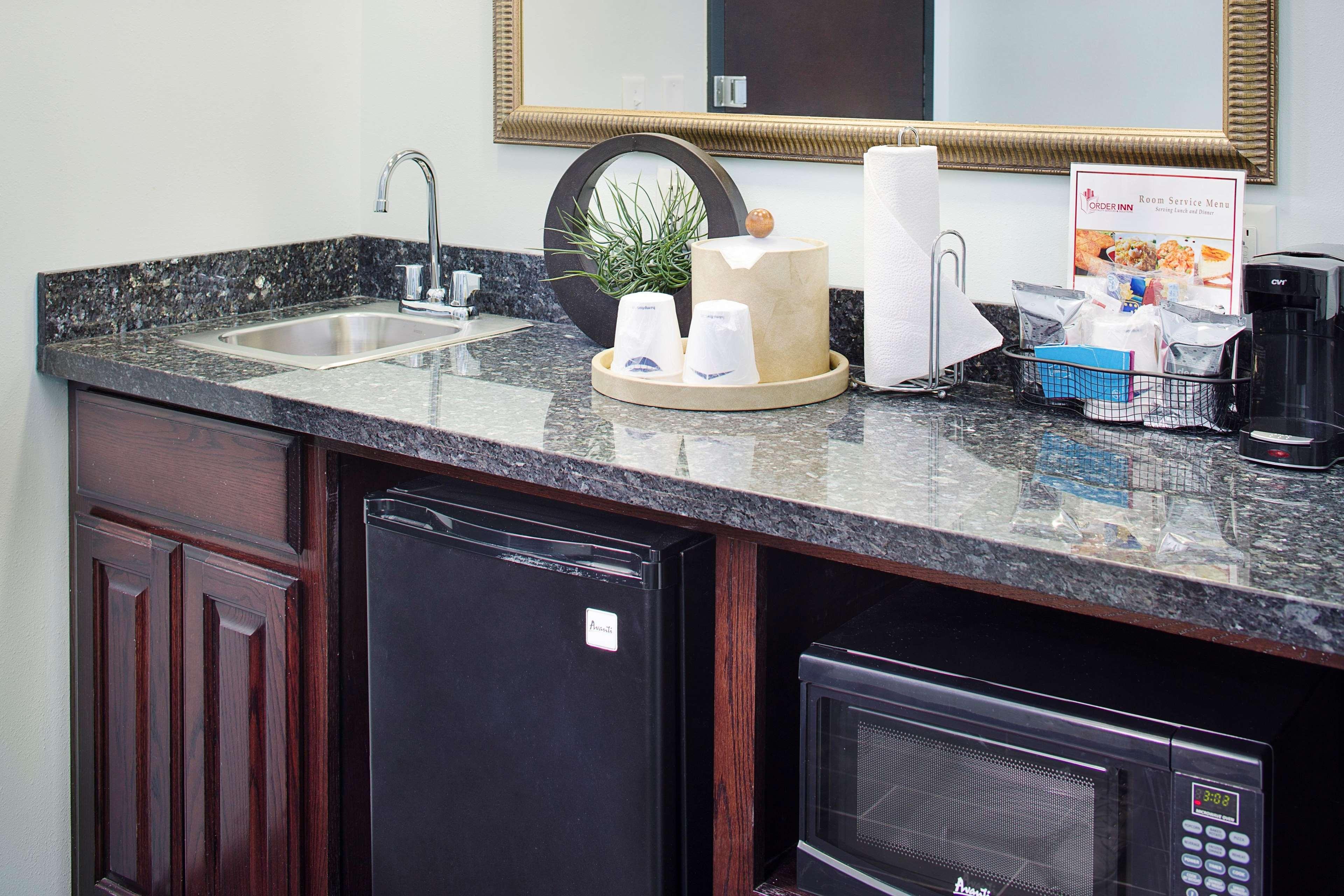 Hampton Inn & Suites Dallas/Lewisville-Vista Ridge Mall, TX image 40