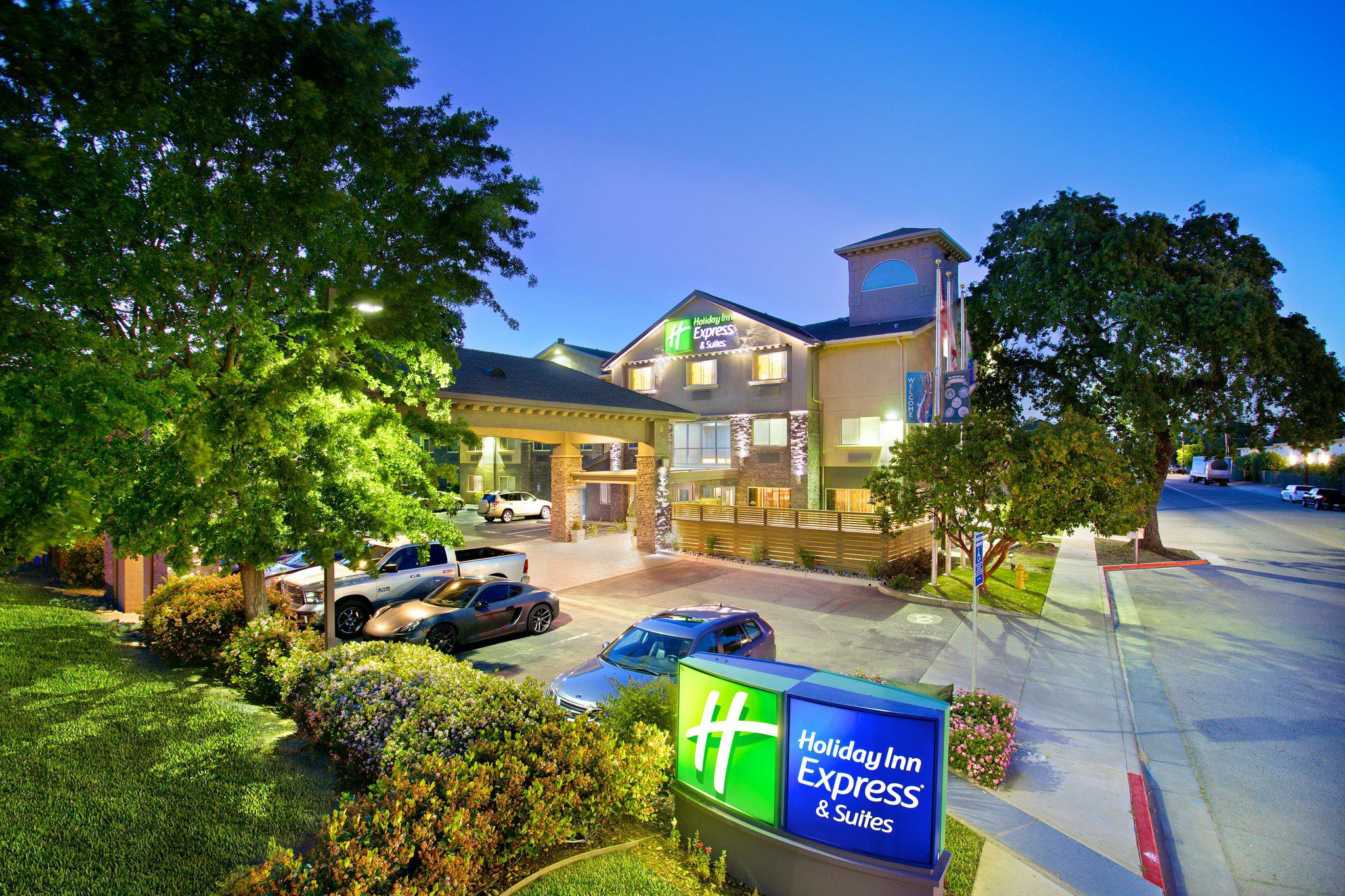 Holiday Inn Express & Suites Paso Robles, an IHG Hotel