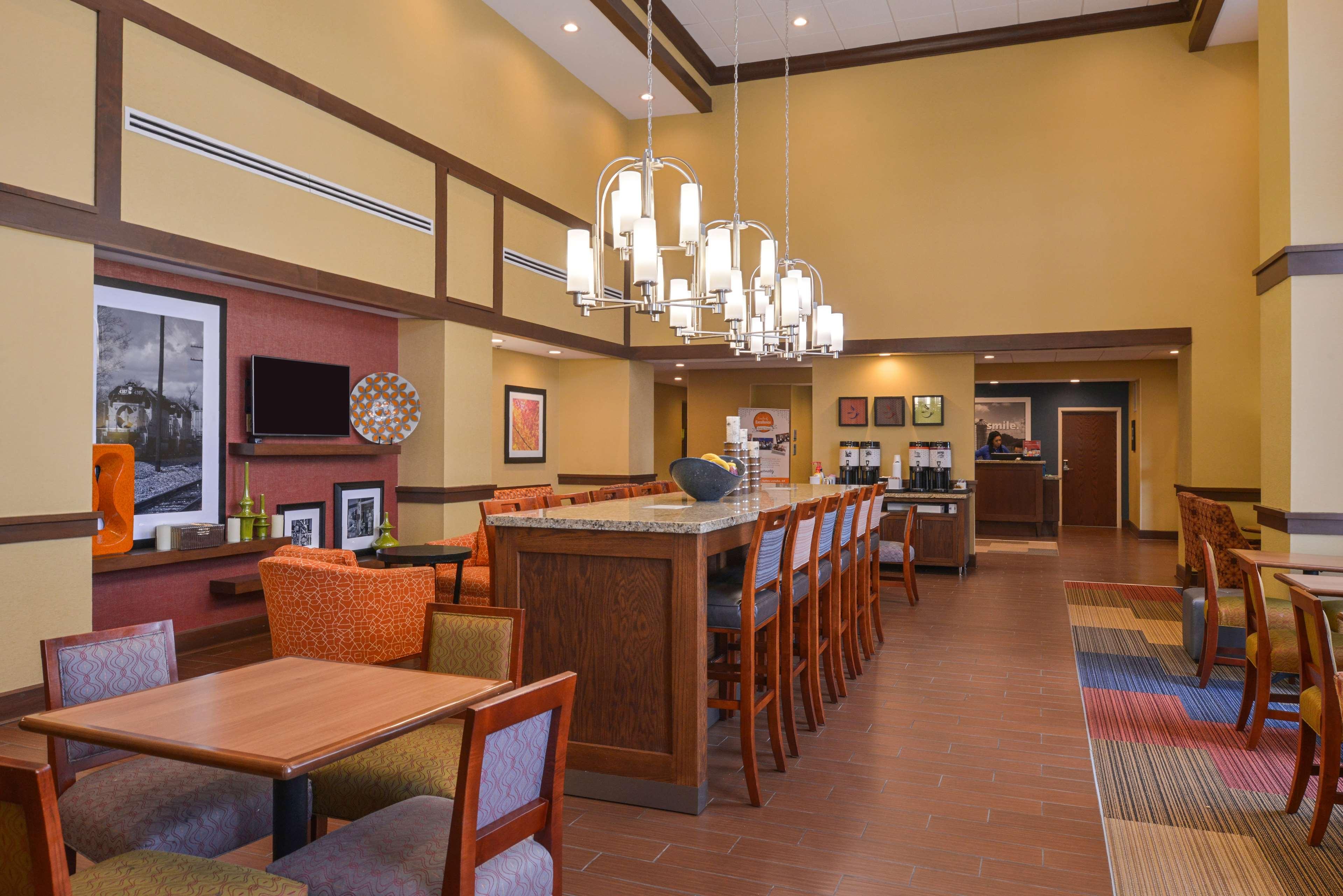 Hampton Inn & Suites Lonoke image 6