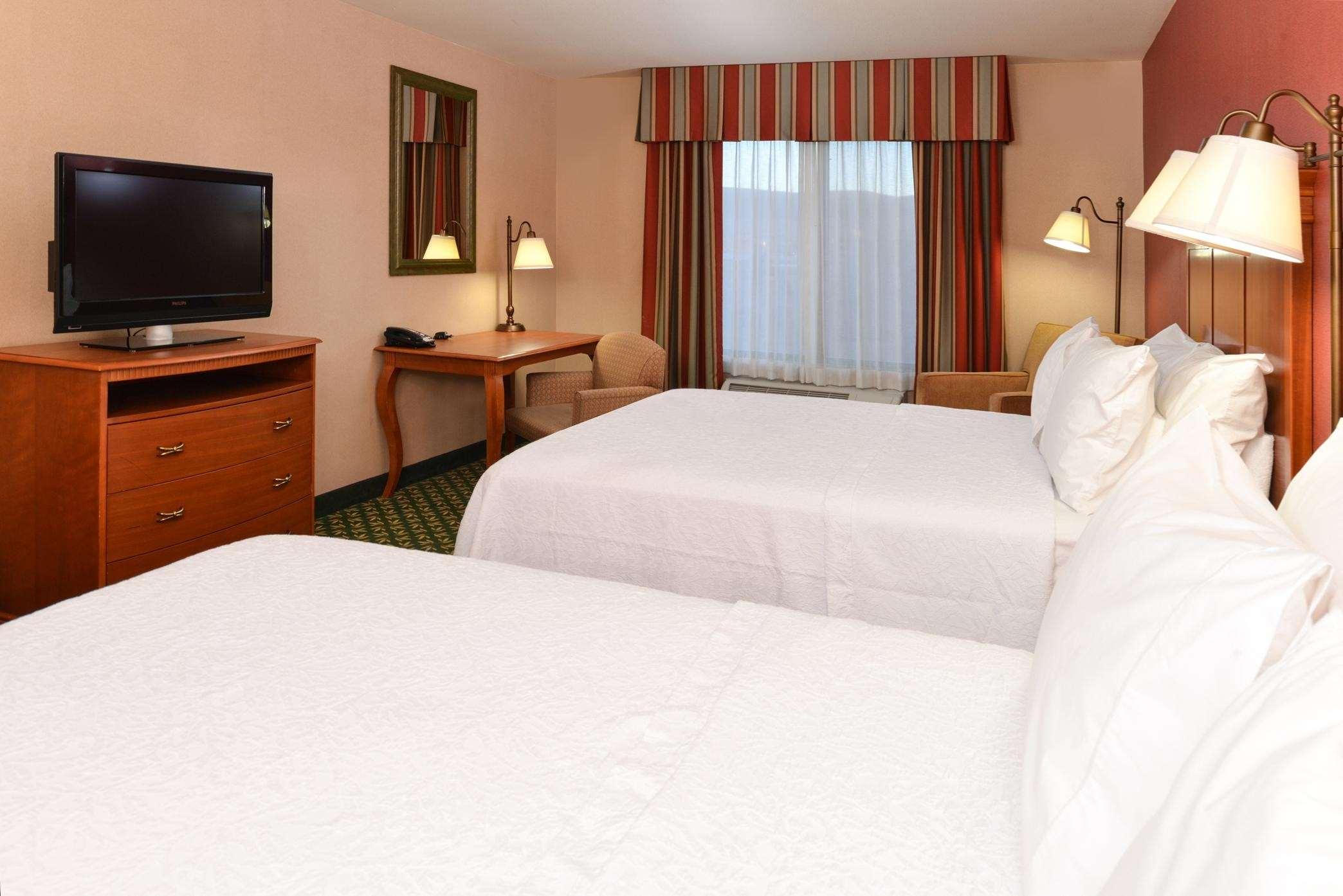 Hampton Inn & Suites Casper image 49