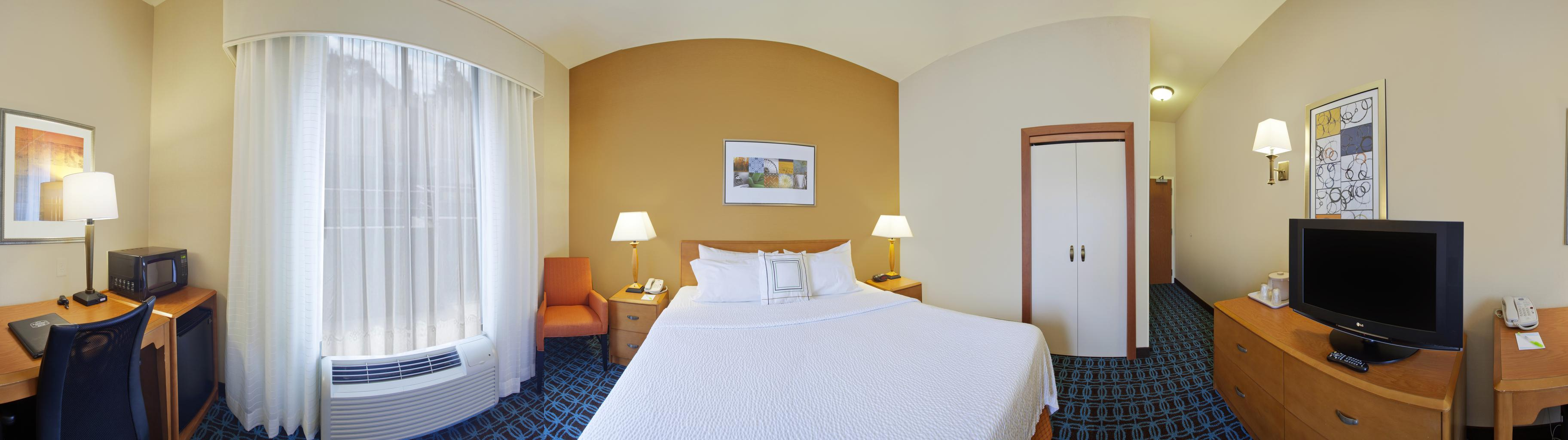 Fairfield Inn & Suites by Marriott Detroit Metro Airport Romulus image 3
