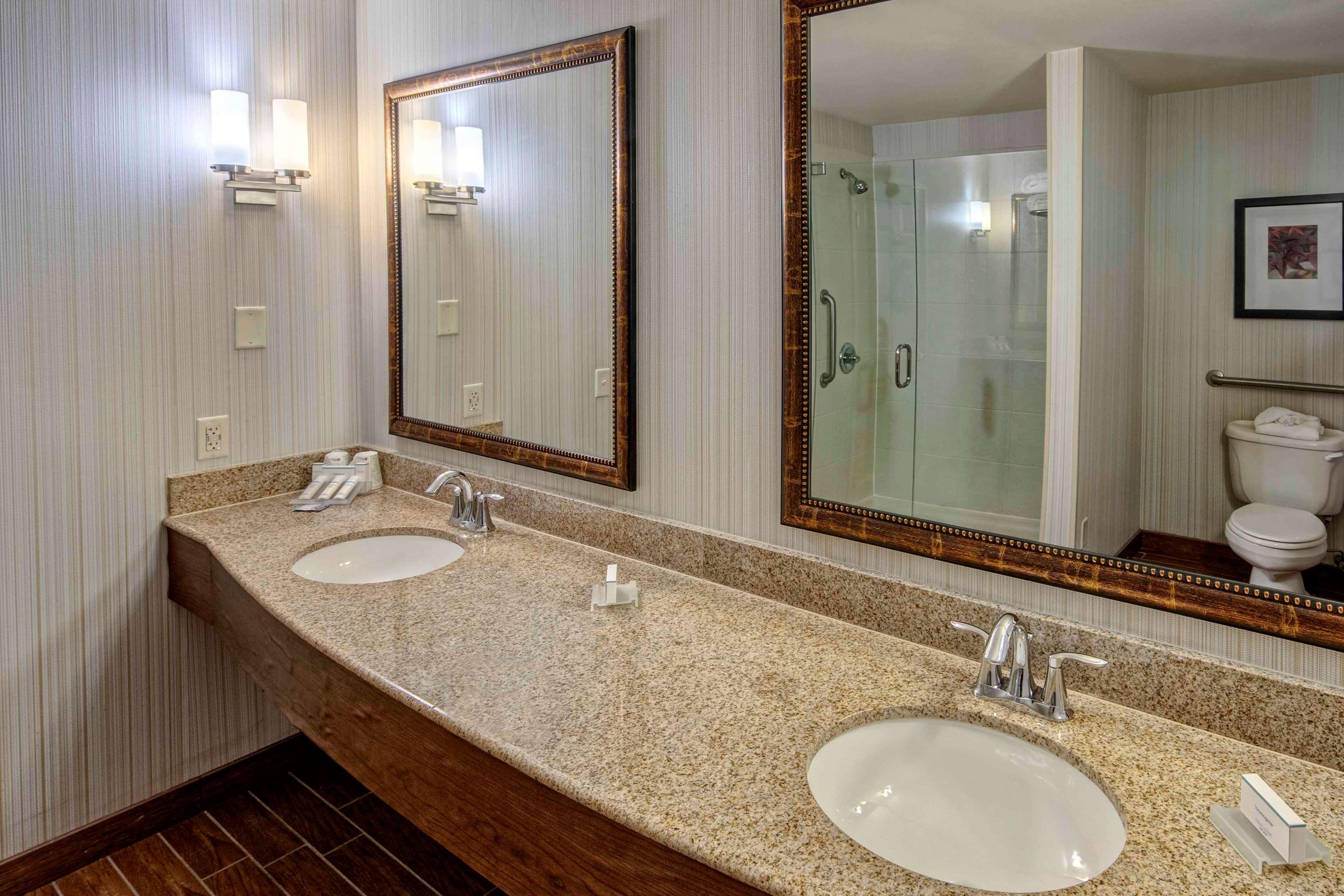 Hilton Garden Inn Minneapolis/Eden Prairie image 23