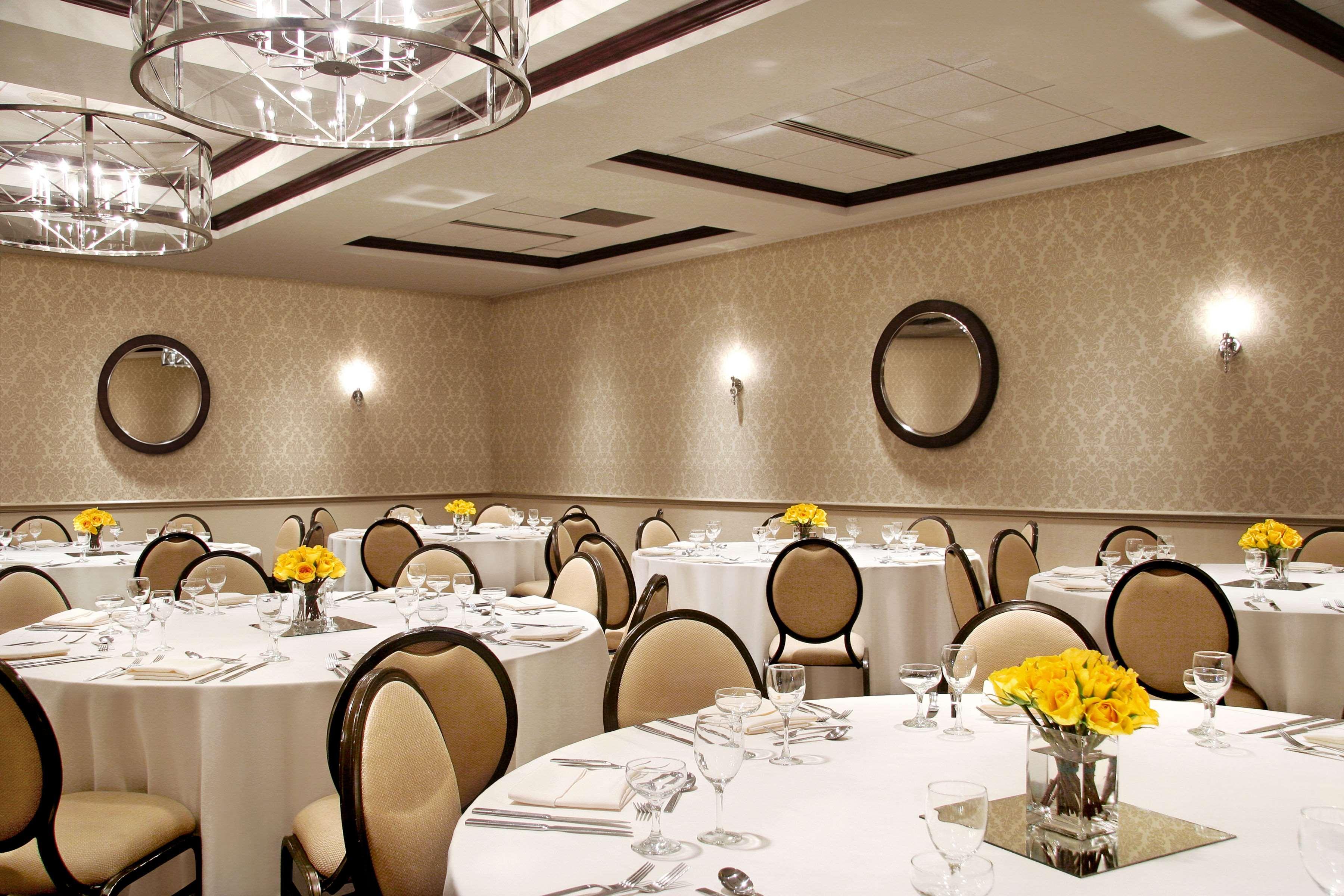Sheraton Madison Hotel image 13