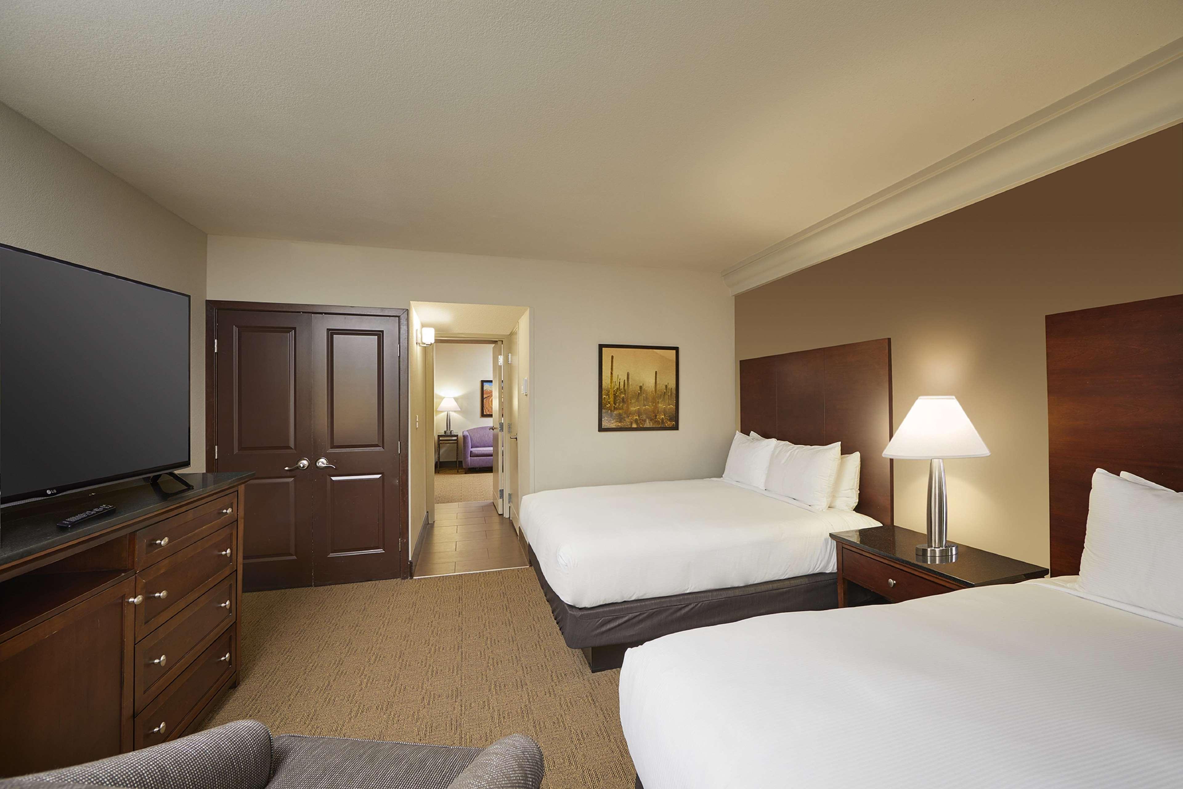 Hilton Phoenix/Mesa image 20