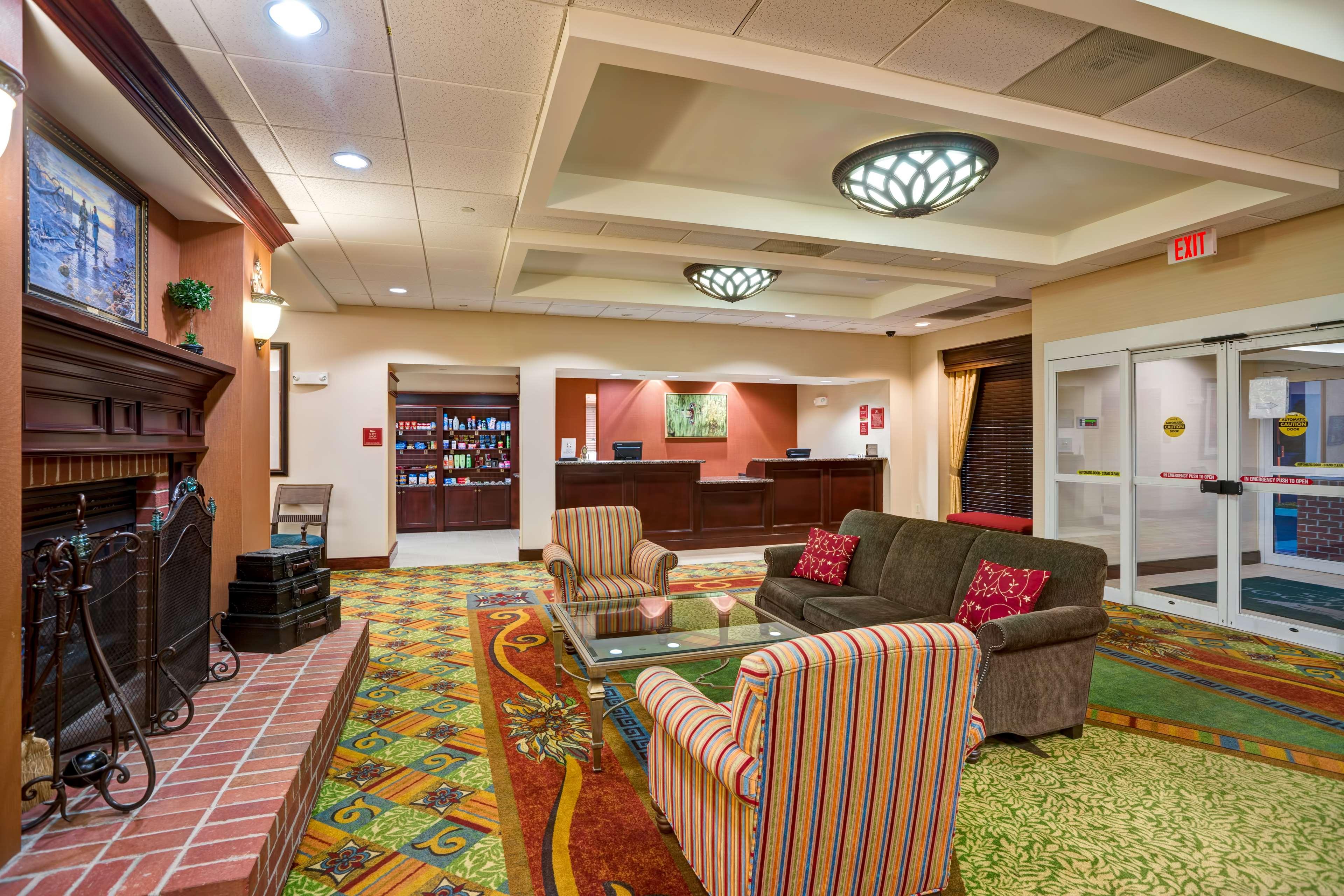Homewood Suites by Hilton Fredericksburg image 4