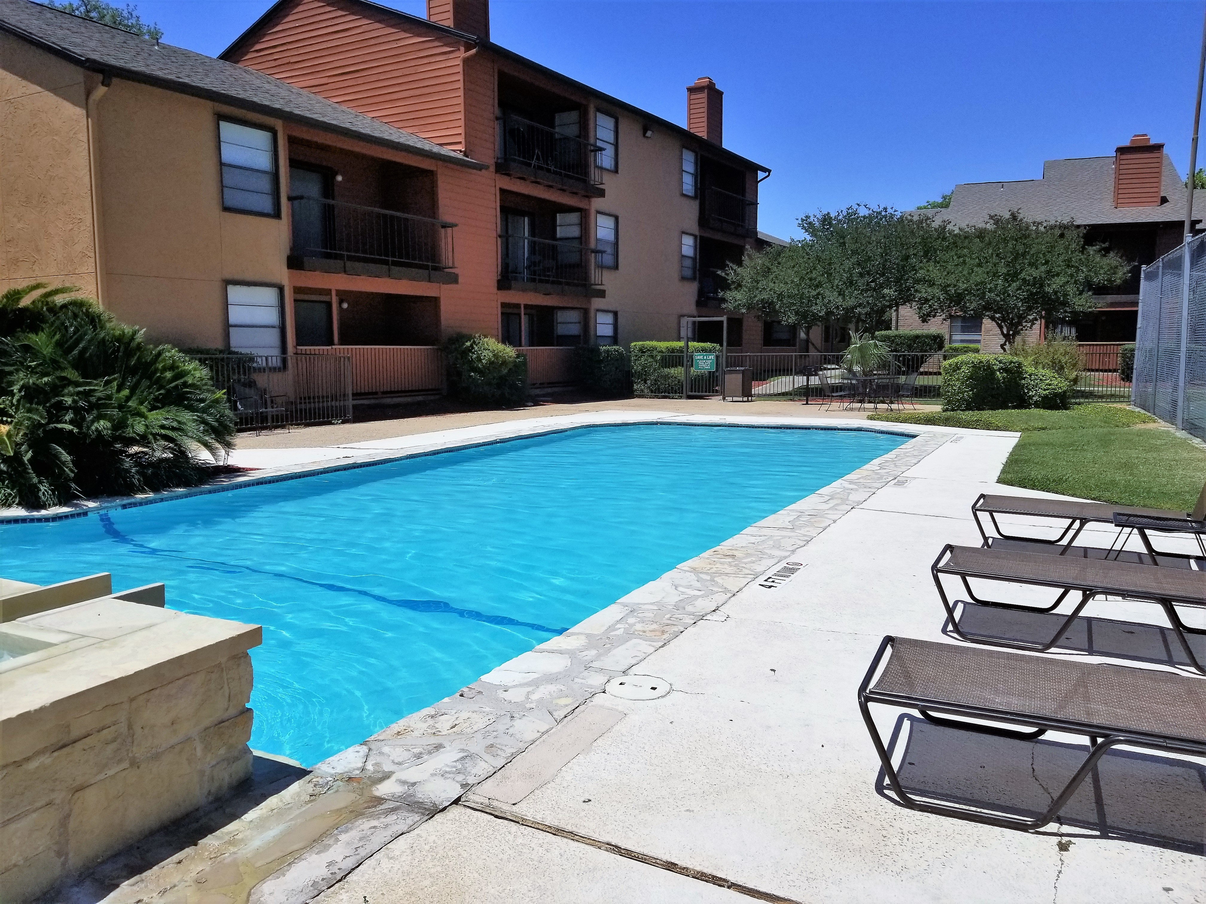Iron Horse Valley Apartments image 10