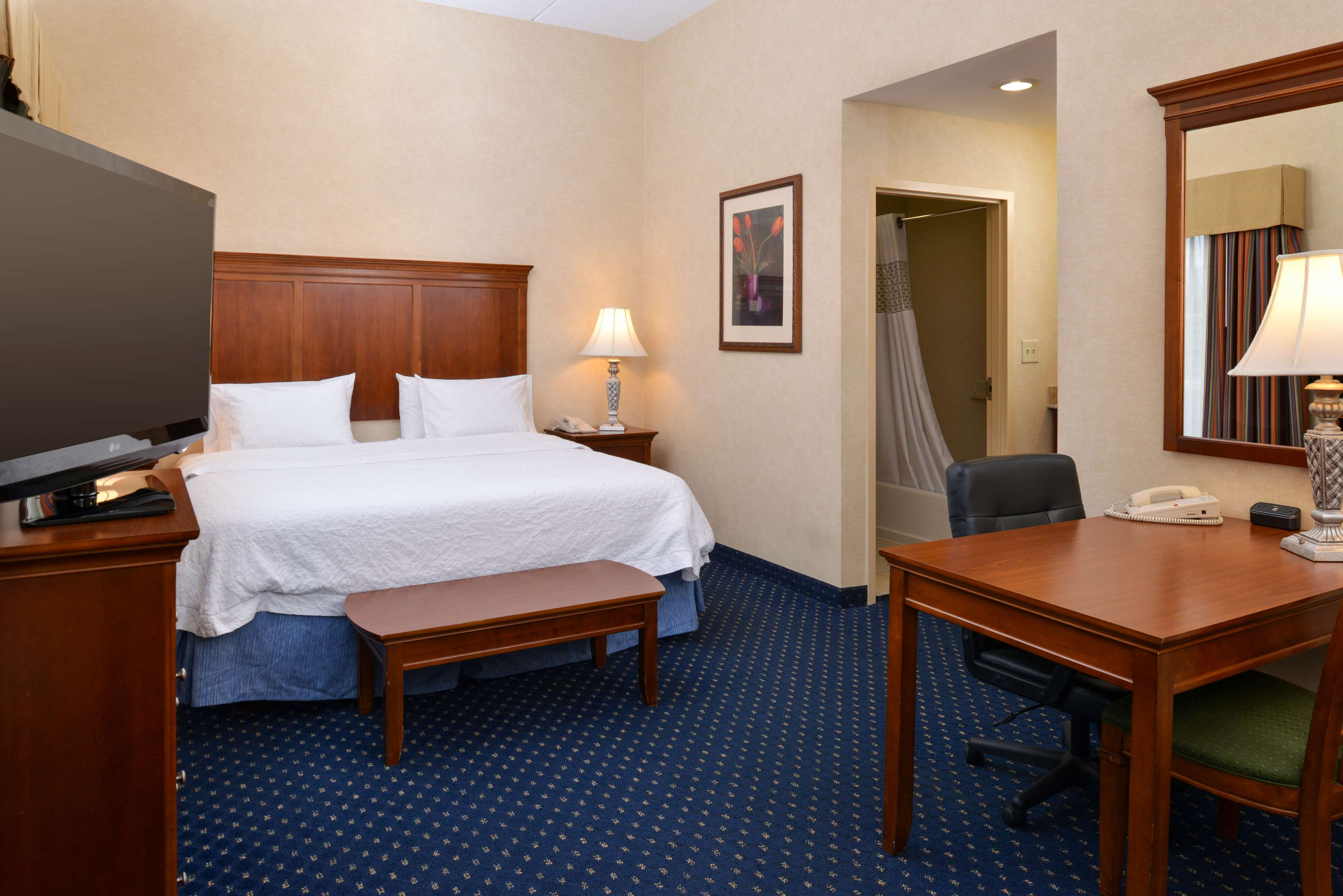 Hampton Inn & Suites Fredericksburg South image 31