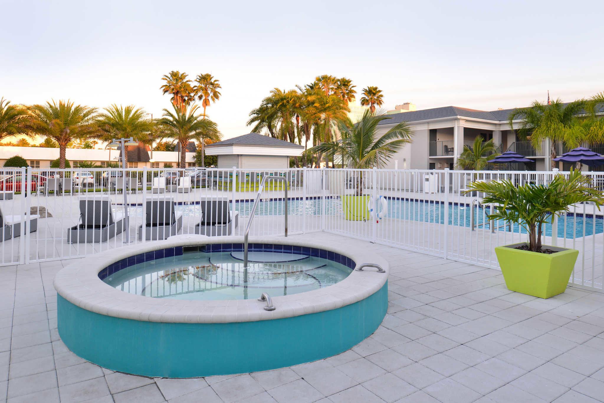 Clarion Inn & Suites Orlando near Theme Parks image 22