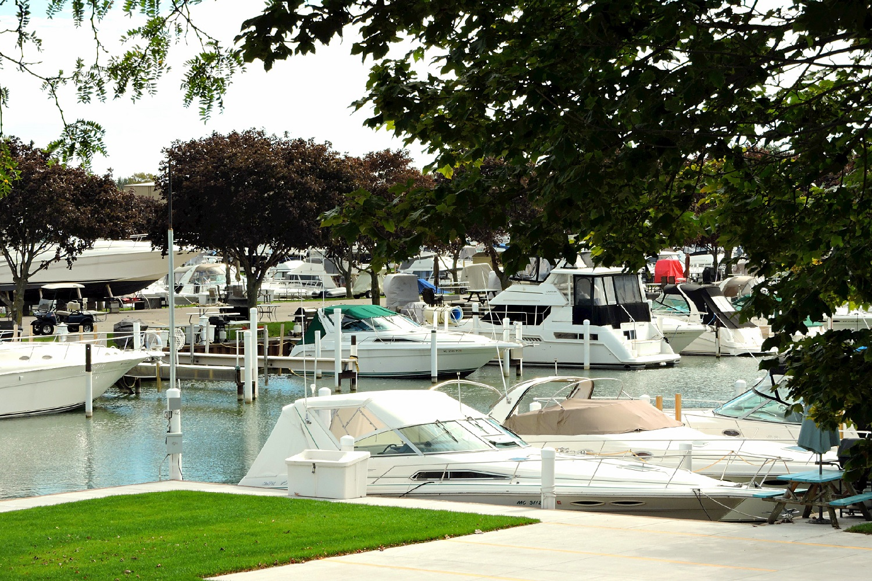 Belle Maer Harbor
