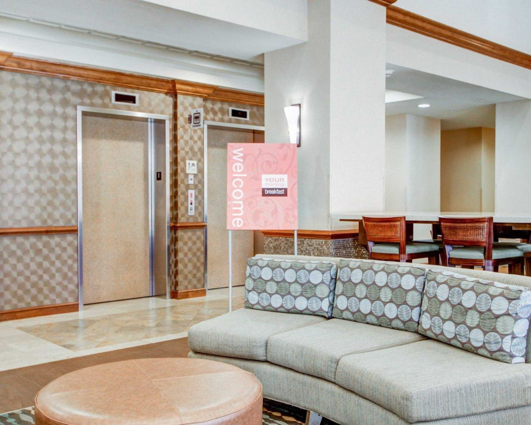 Comfort Suites Weston - Sawgrass Mills South image 11