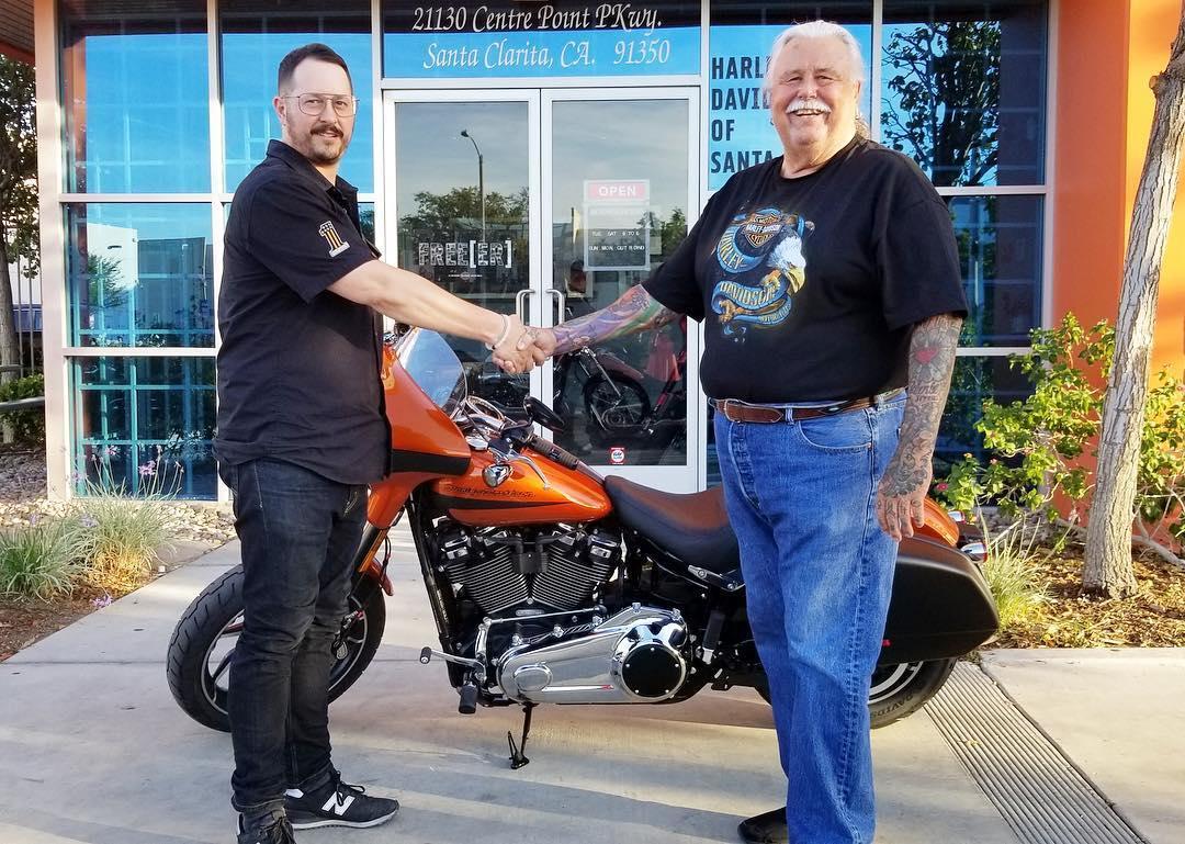 Santa Clarita Harley-Davidson 21130 Centre Pointe Pkwy Santa