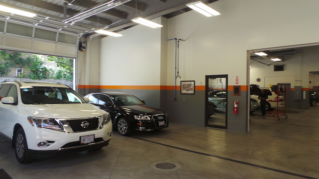 LJI Collision Center Cleveland Heights image 6