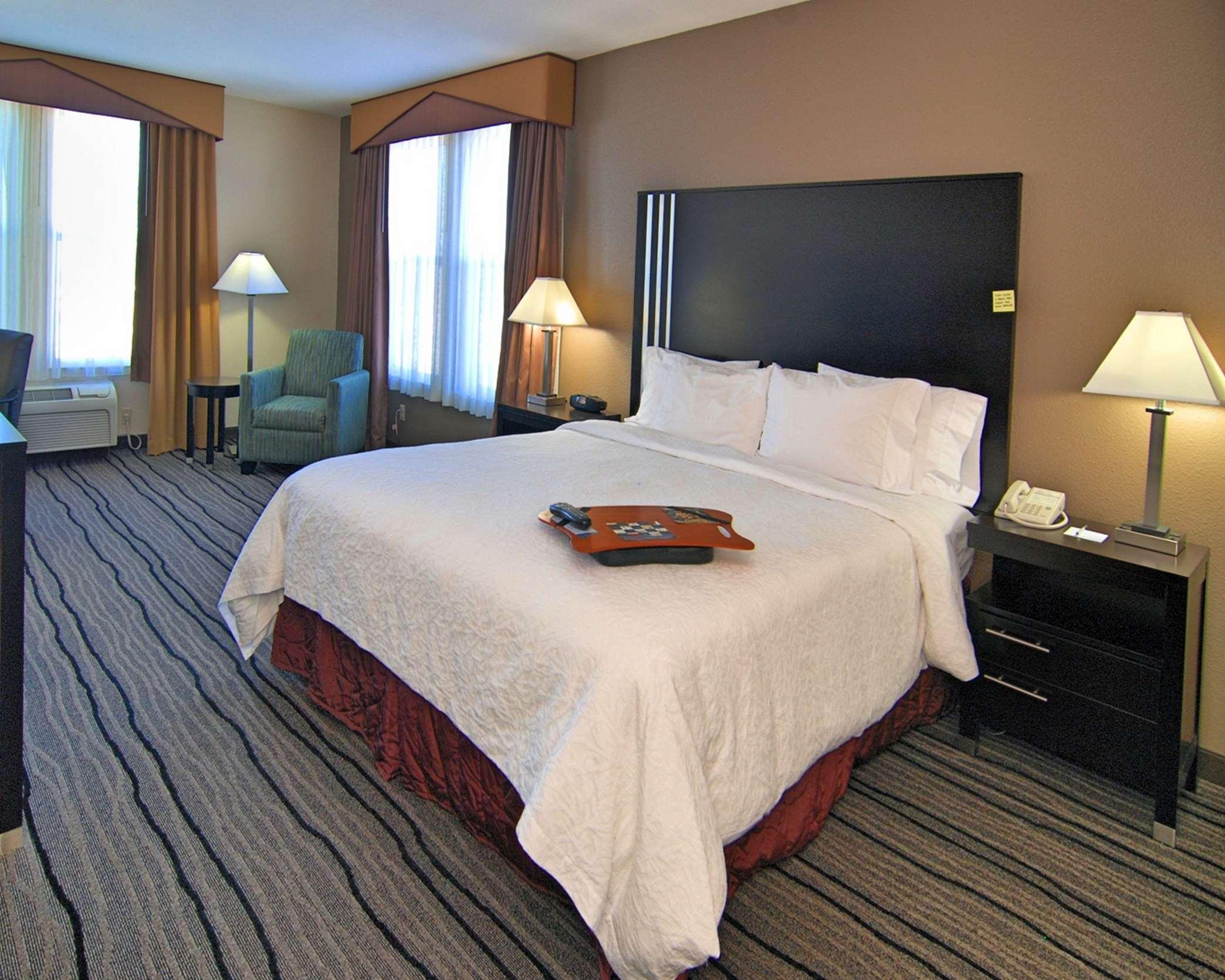 Hampton Inn & Suites Mountain View image 11