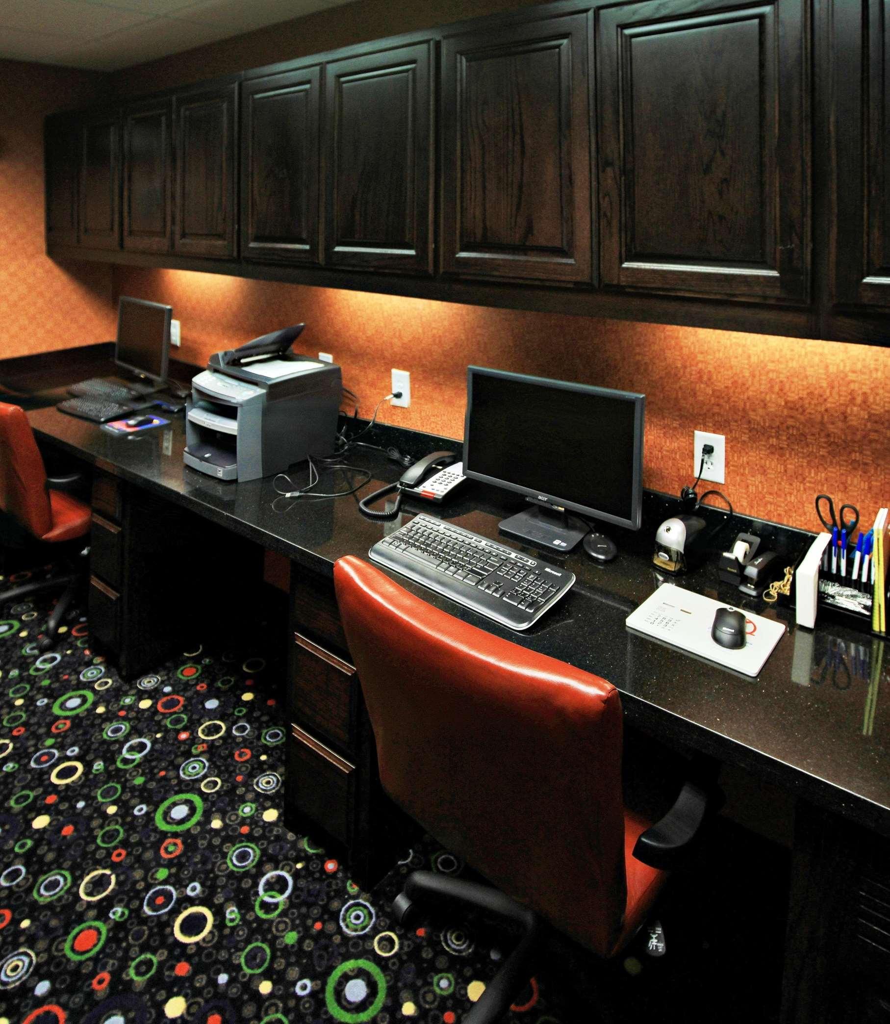 Hampton Inn & Suites Dallas/Lewisville-Vista Ridge Mall, TX image 30
