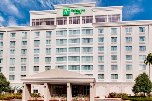 Holiday Inn Hotel & Suites Overland Park-West - ad image