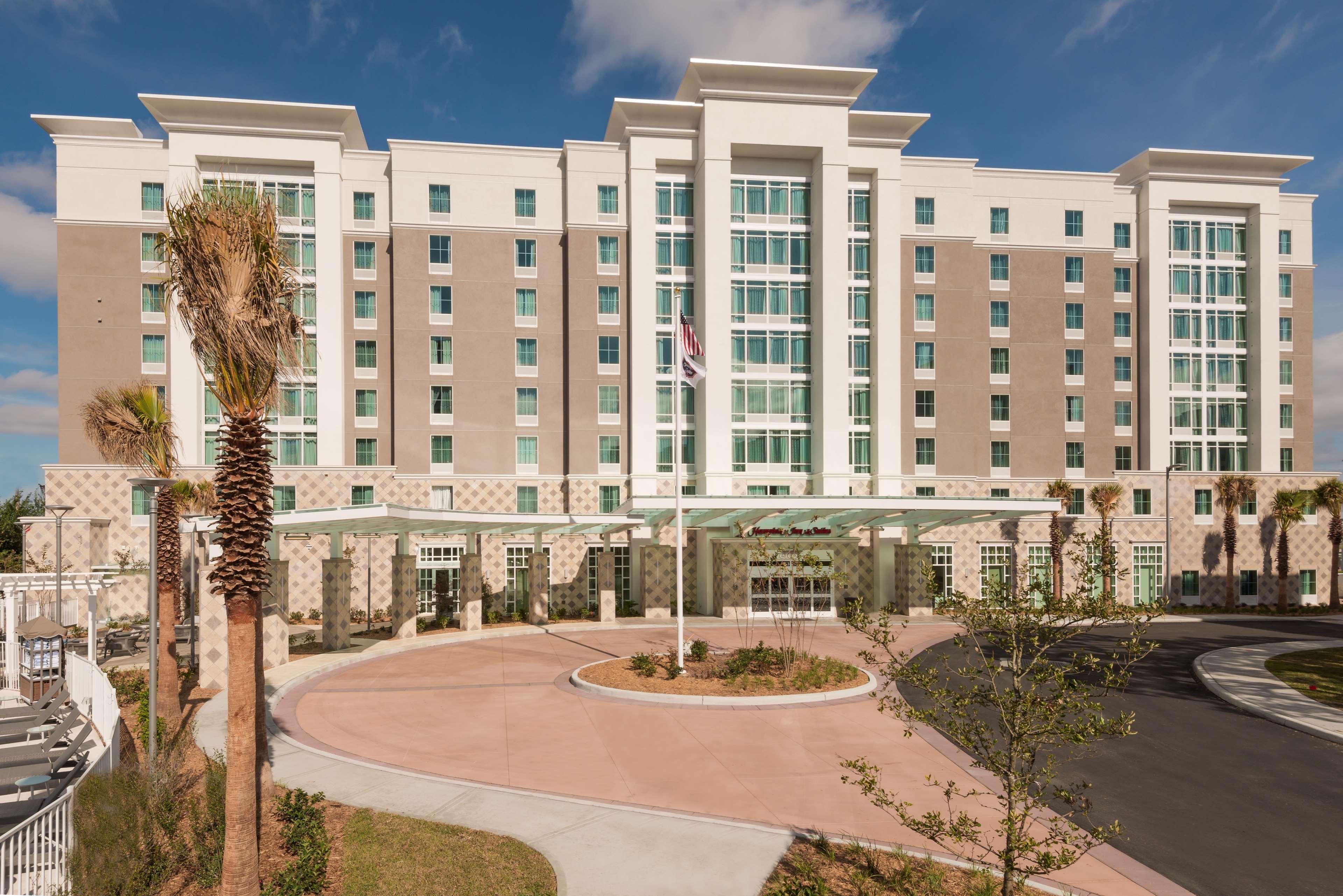 Hampton Inn & Suites Tampa Airport Avion Park Westshore image 0