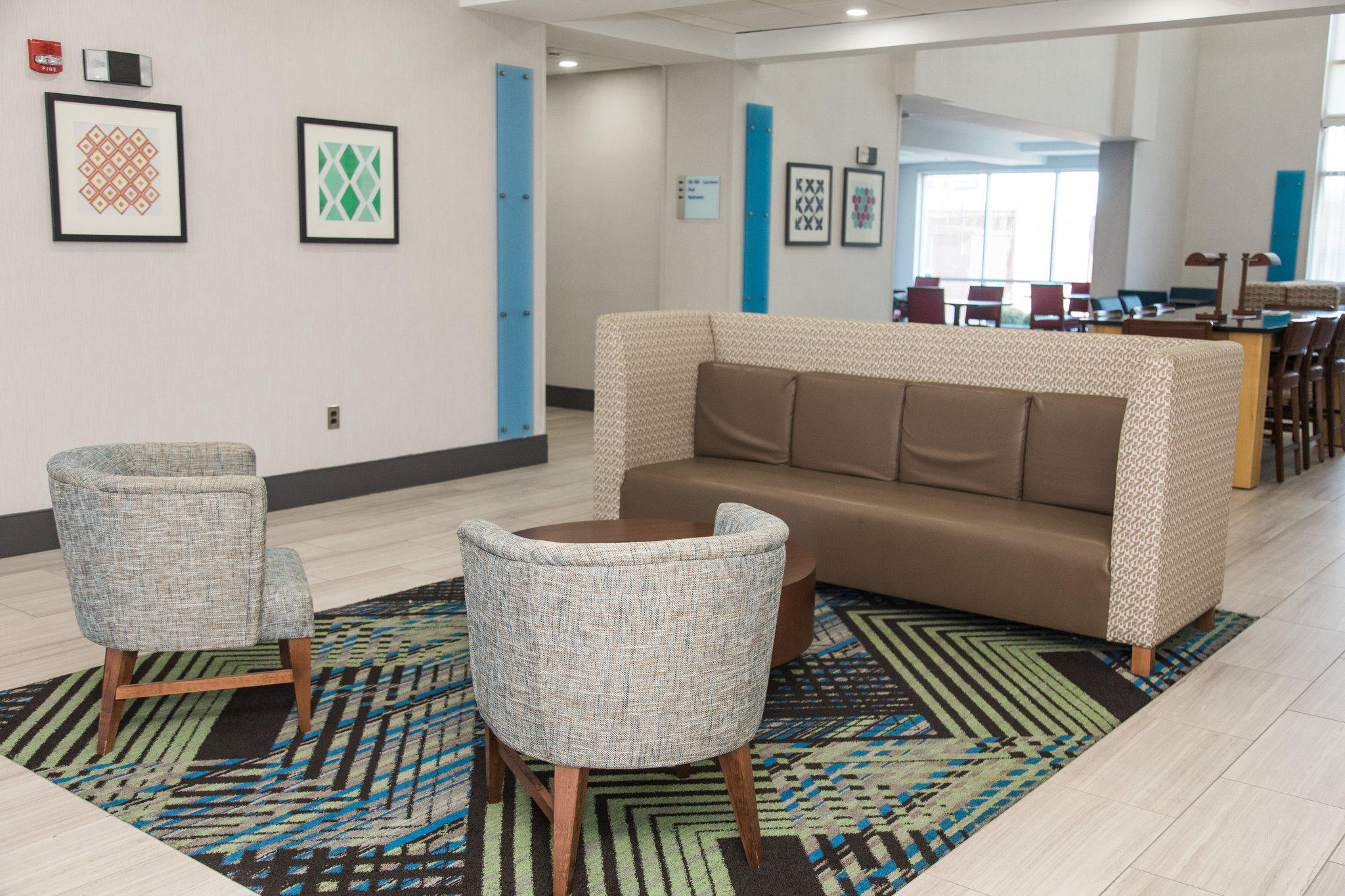 Holiday Inn Express & Suites Columbia-Fort Jackson, an IHG Hotel