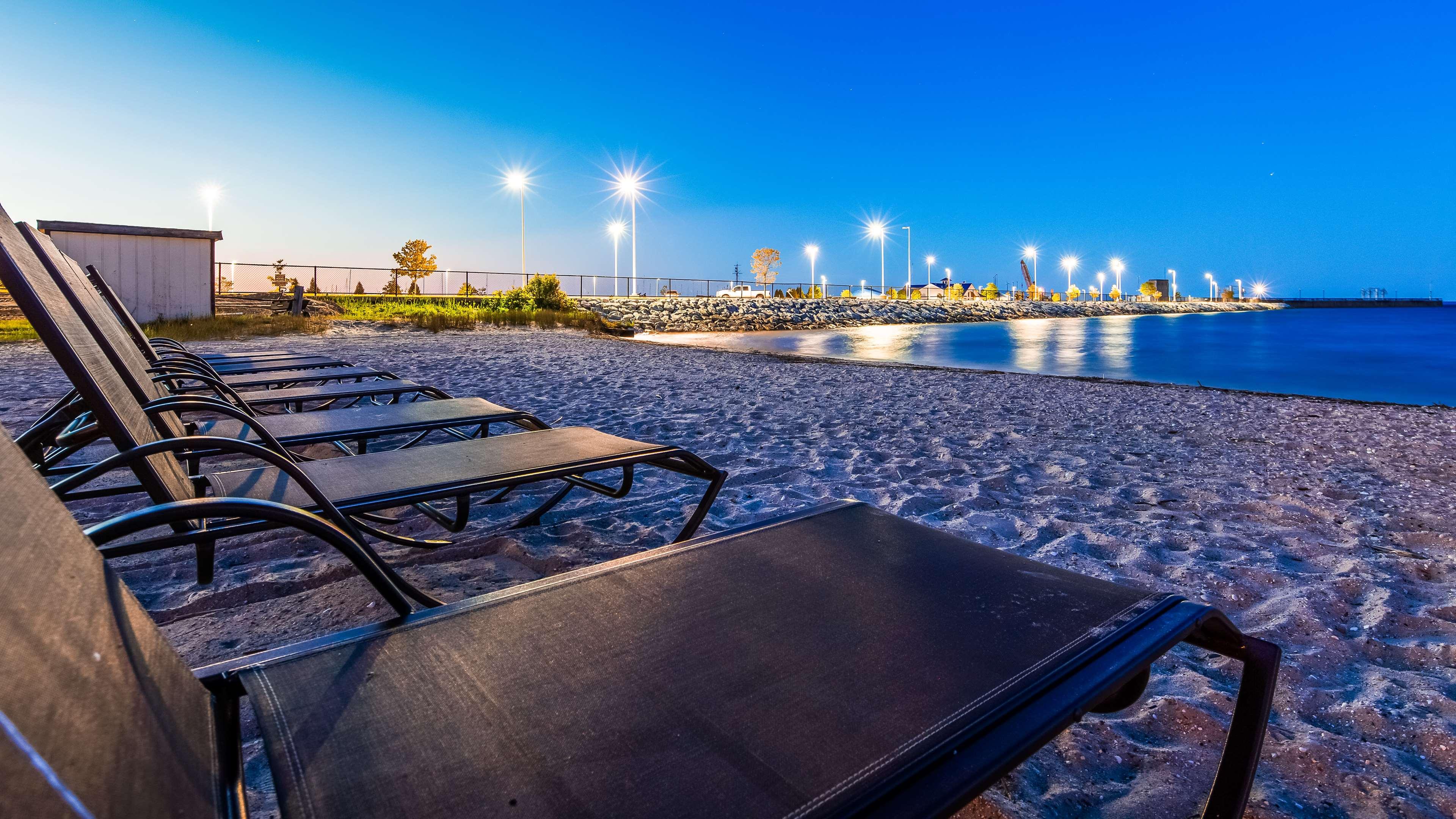 Best Western Plus Dockside Waterfront Inn image 1