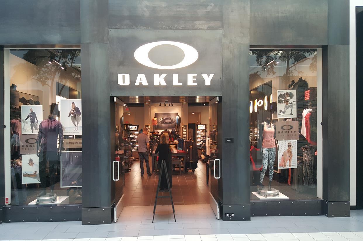Oakley Store in Sacramento, CA, photo #2