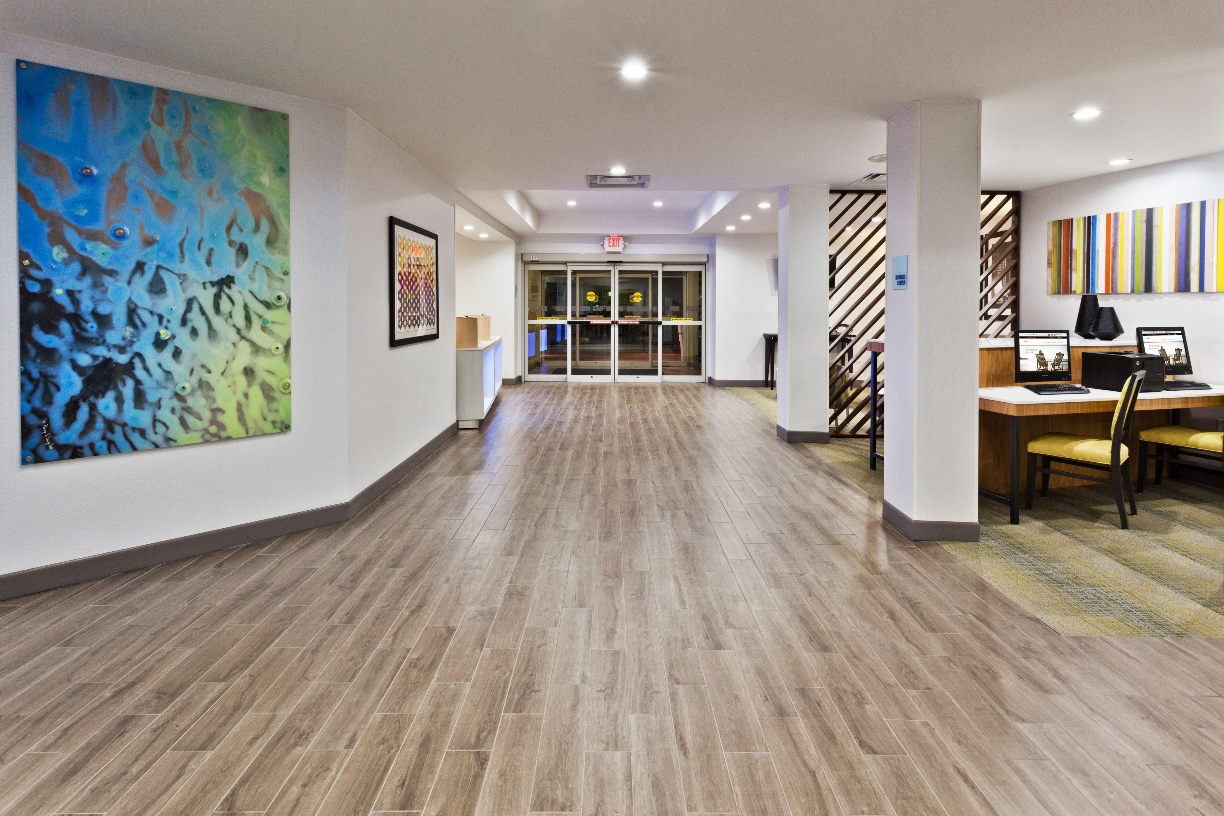 Holiday Inn Express Phenix City-Ft.Benning Area image 5
