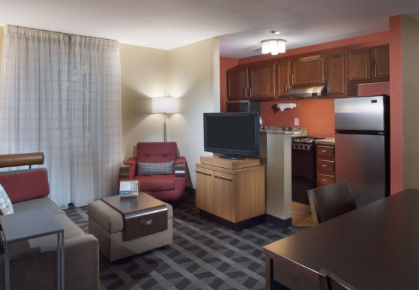 TownePlace Suites by Marriott Atlanta Alpharetta image 9
